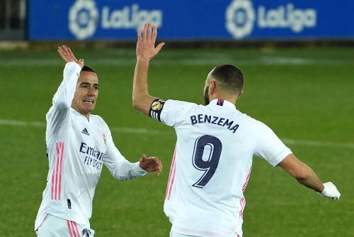 Real Madrid gana 4 a 1 al Alavés en La Liga 2021