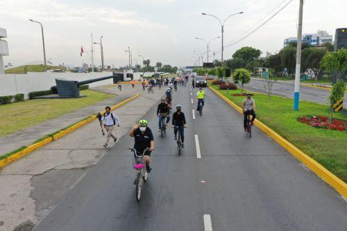 Ministra de Vivienda y alcalde provincial del Callao promueven espacios de recreación Vías Activas