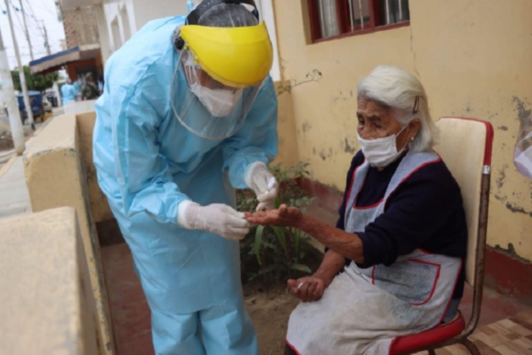 Covid-19: personal médico de Essalud brindarán atención domiciliaria en Chimbote.