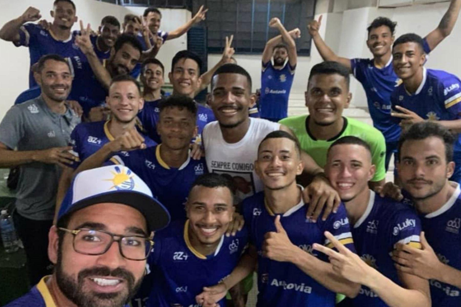 Cuatro futbolistas del Palmas, club de cuarta división de Brasil murieron al caer avioneta