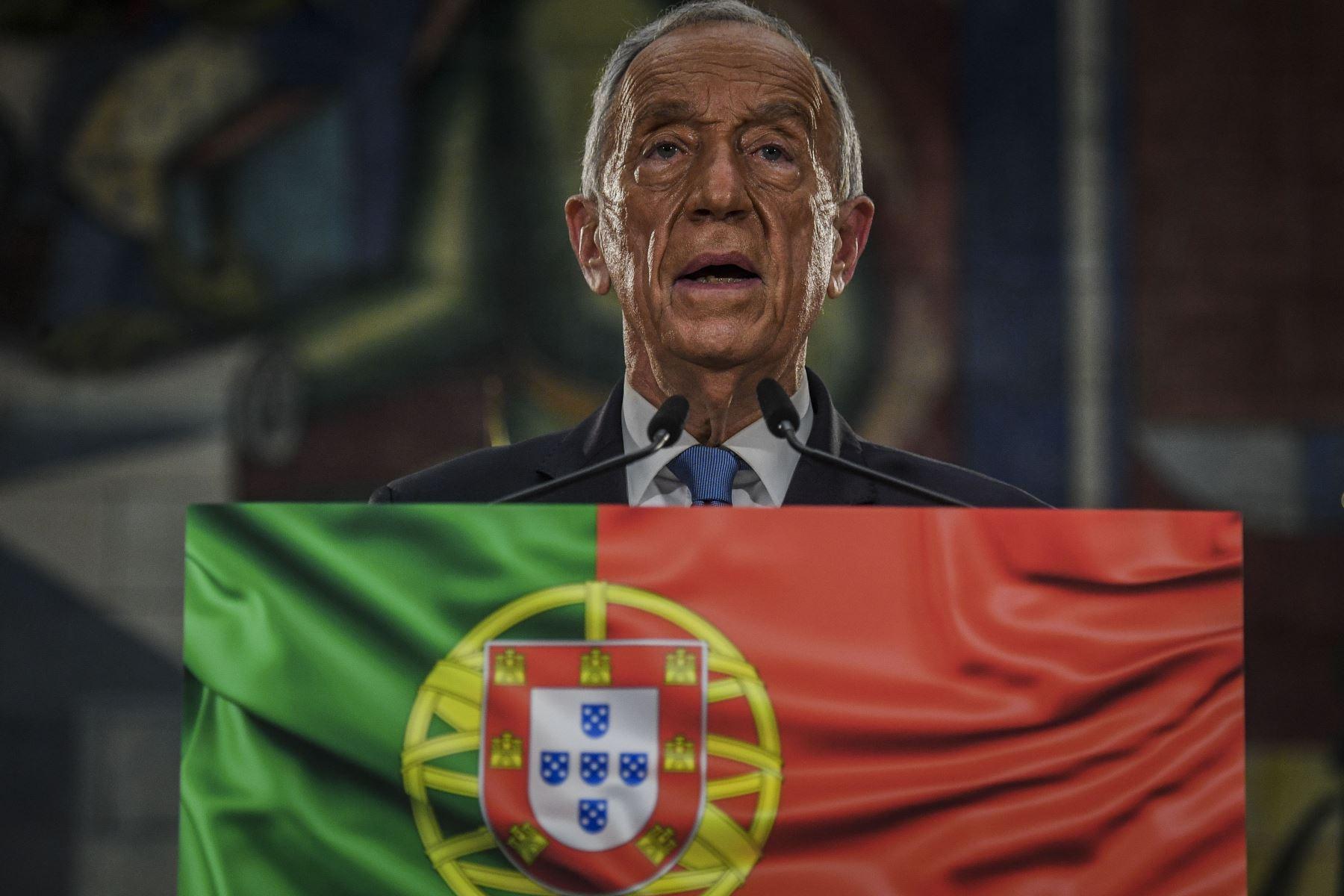 El candidato presidencial Marcelo Rebelo de Sousa pronuncia su discurso de victoria después de haber sido reelegido como presidente de Portugal durante las elecciones presidenciales de 2021 en Lisboa.  Foto: AFP