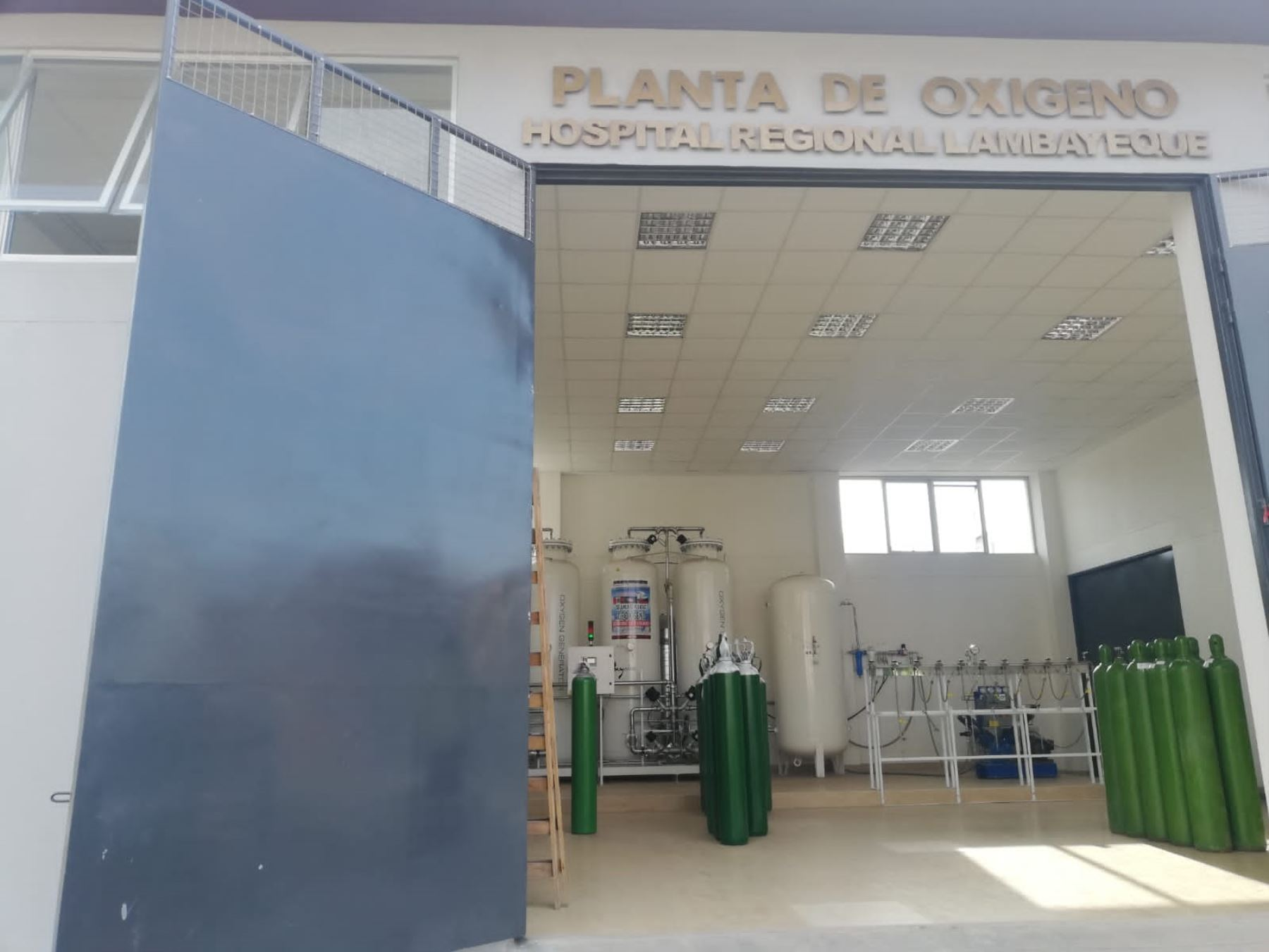 Lambayeque inicia entrega gratuita de oxígeno a los pacientes afectados por el coronavirus (covid-19) y que requieren de ese vital insumo para superar enfermedad. ANDINA/Difusión