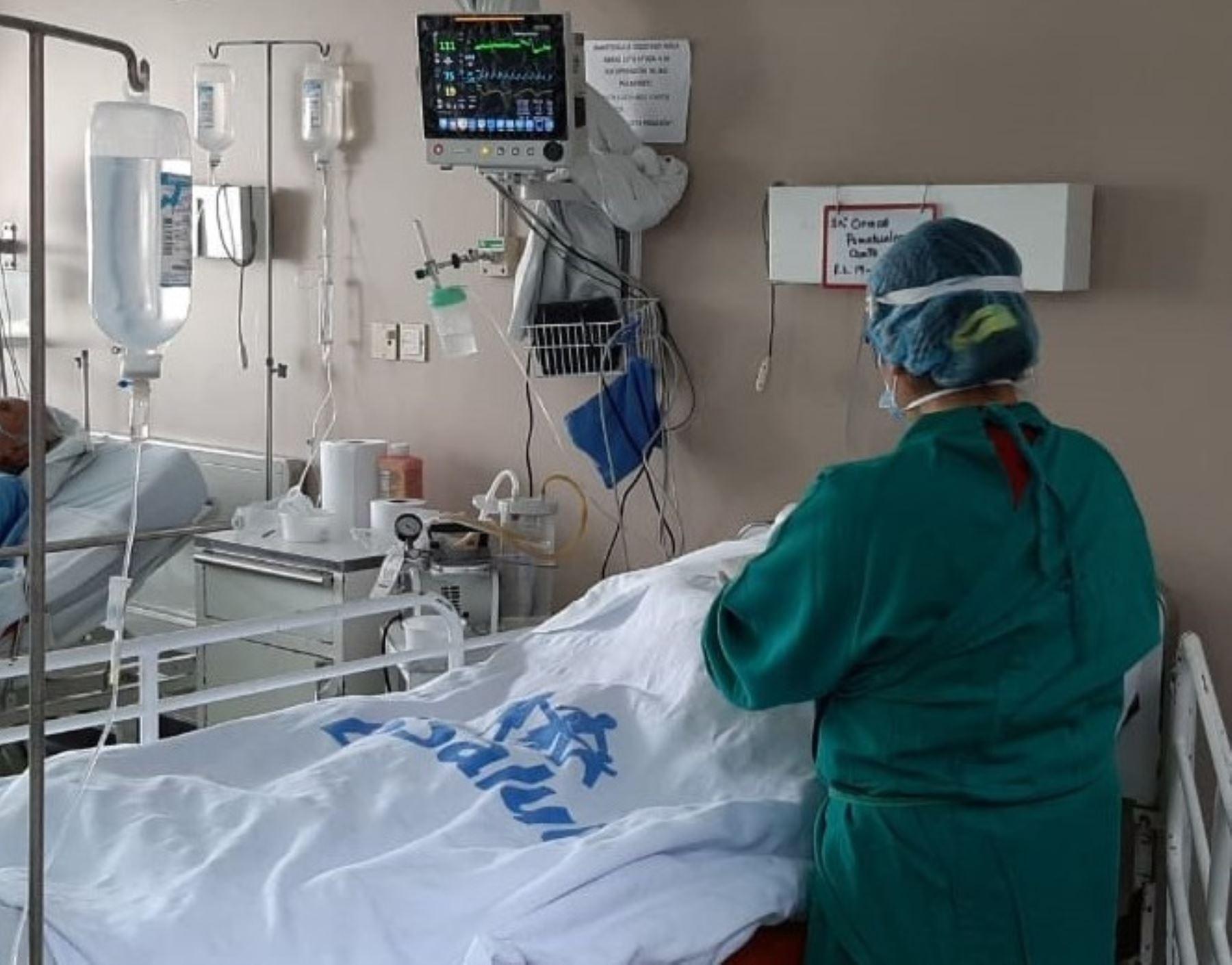 Disminuye el número de pacientes hospitalizados por covid-19 en el Perú. ANDINA/Difusión