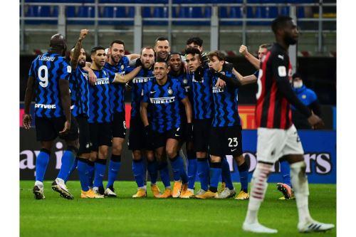 Inter de Milán volteó el partido y ganó 2-1 a AC Milan por la Copa Italia