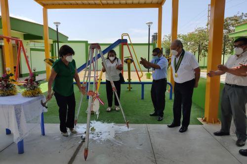 ARCC: inauguran dos colegios, pistas y veredas en distrito liberteño de Paiján