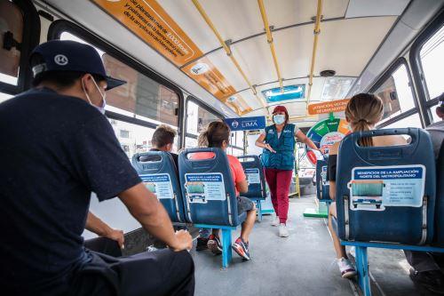 Bus itinerante brinda información sobre nueva ruta norte del Metropolitano-18