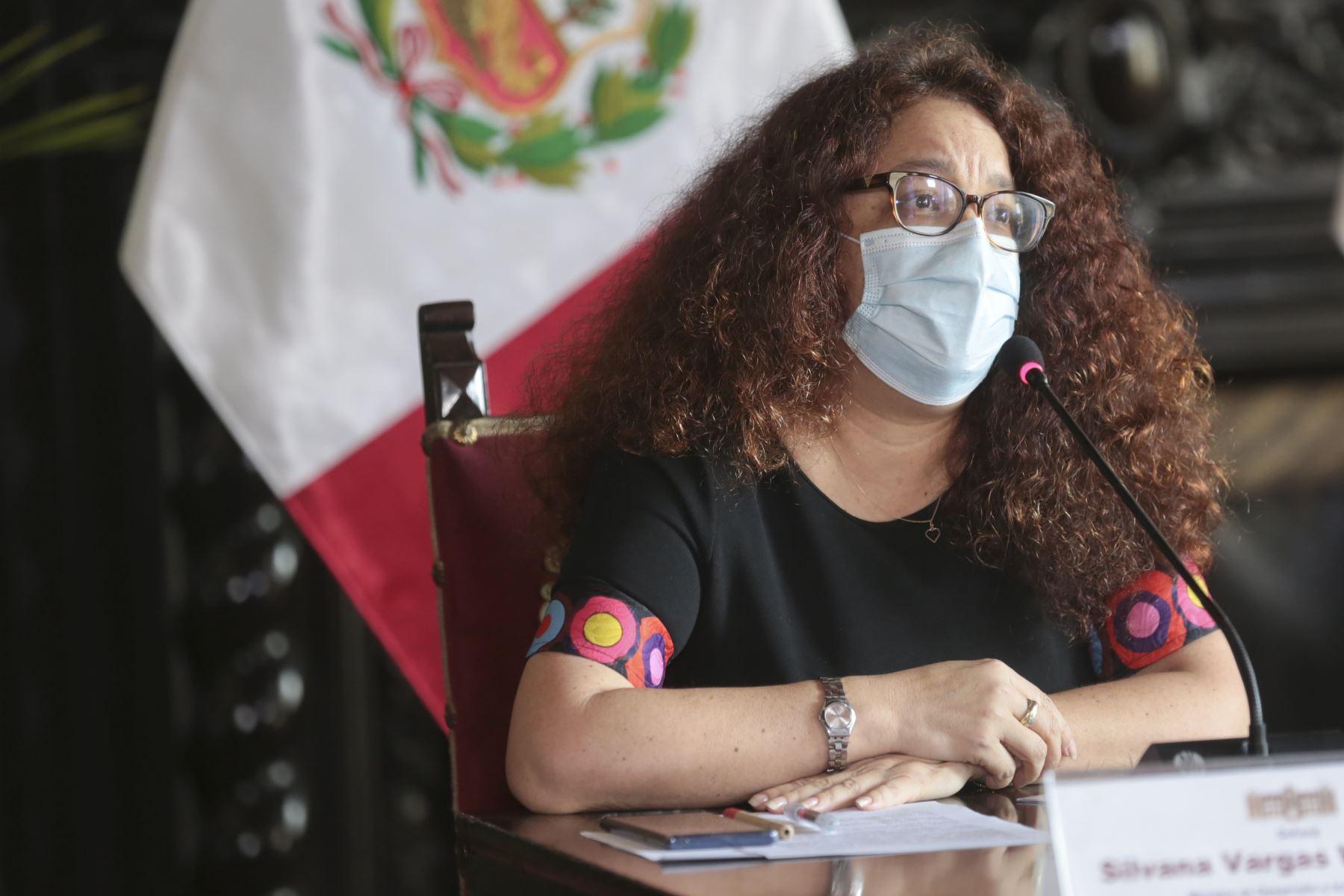 Ministro de Desarrollo e Inclusión Social, Silvana Vargas  brinda conferencia de prensa  para detallar las medidas implementadas por el gobierno de transición y emergencia ante la pandemia. Foto: PCM