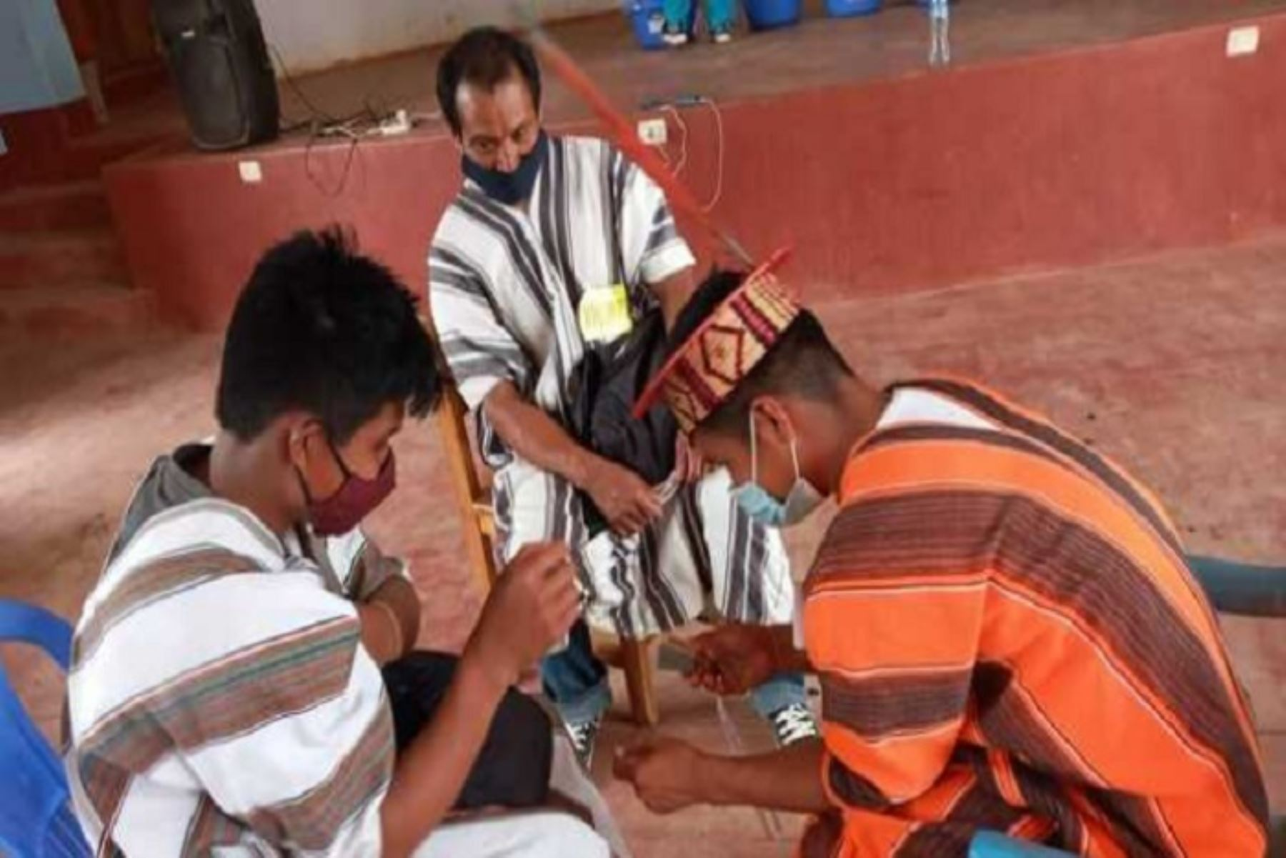 El Minsa invierte más de 74 millones de soles para priorizar la atención sanitaria de pueblos originarios en la lucha contra la pandemia del covid-19.