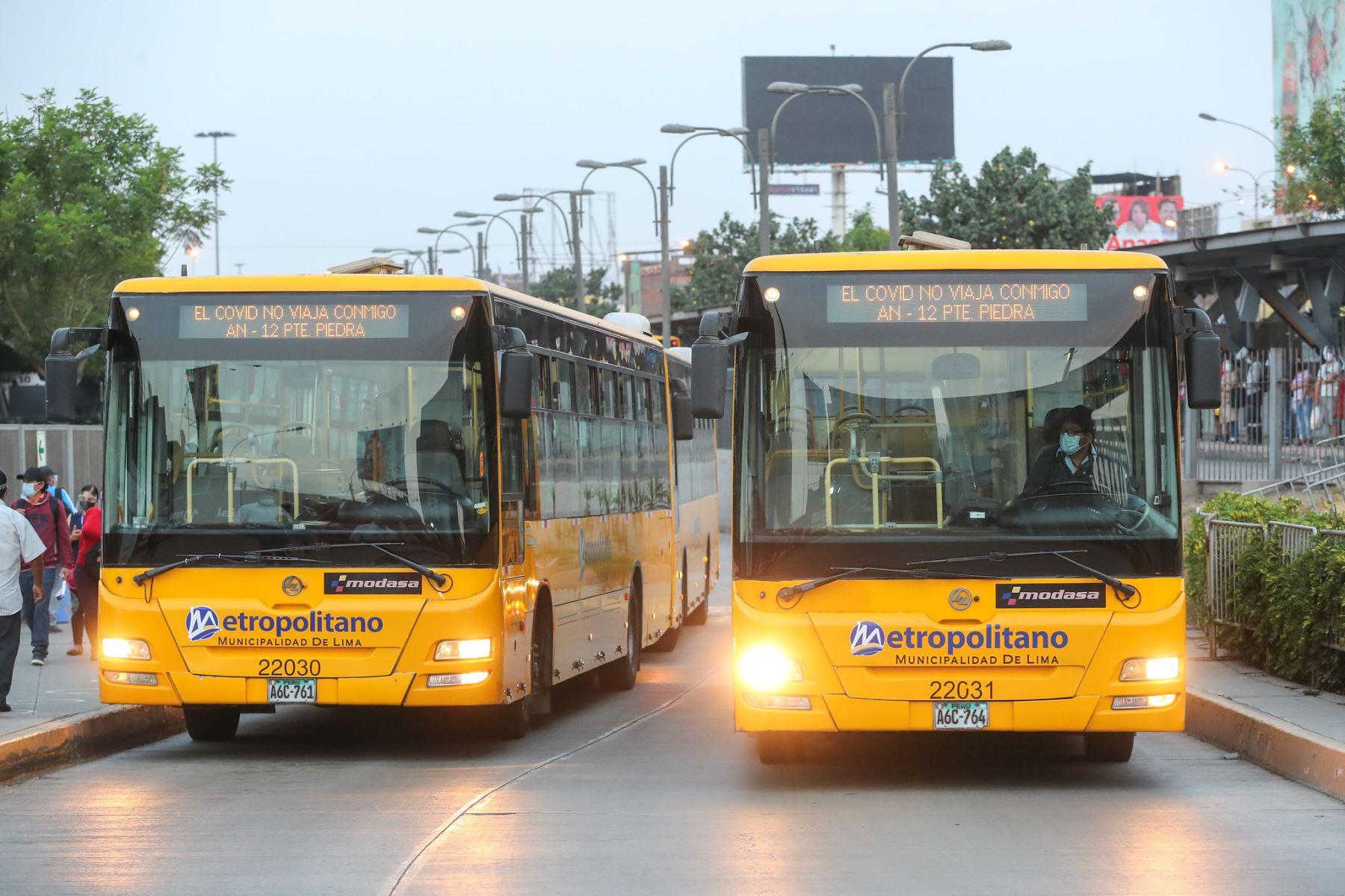 Los taxis autorizados podrán brindar el servicio las 24 horas. Foto: ANDINA/difusión.