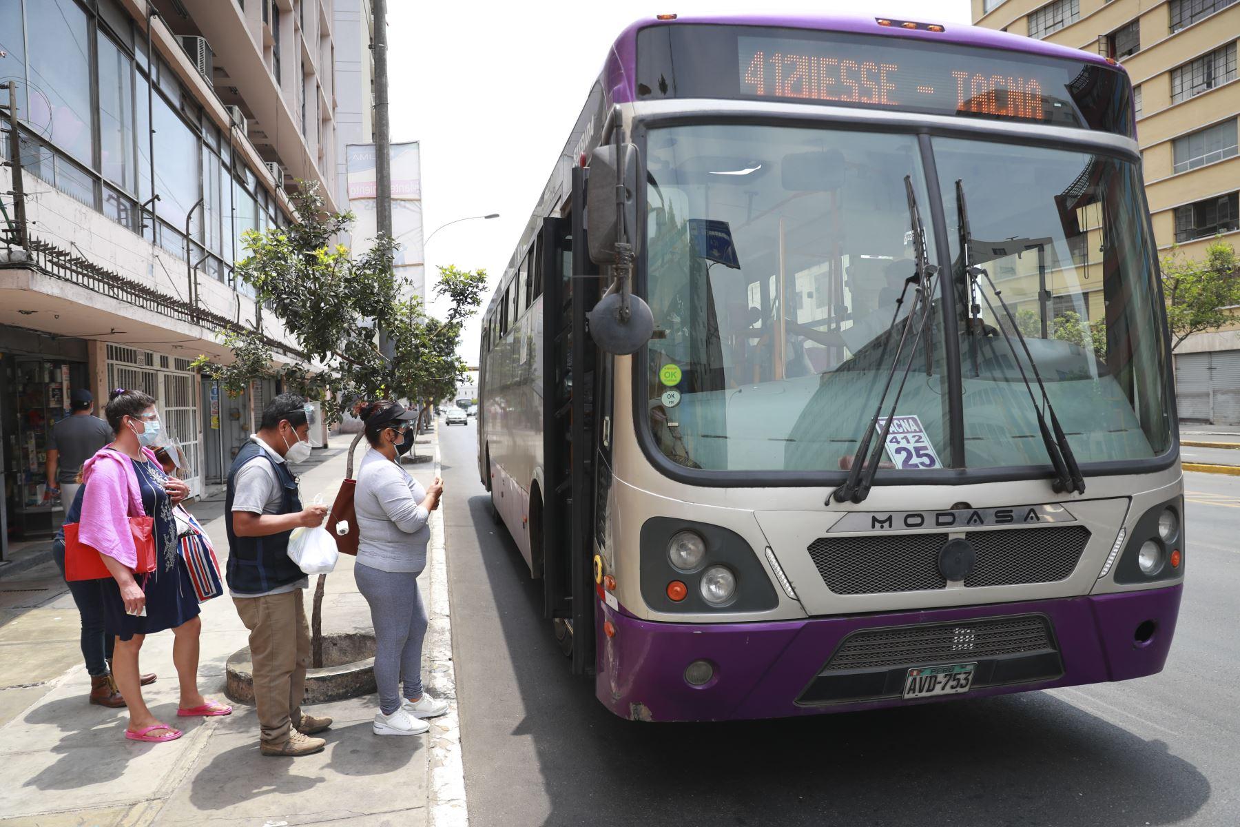 Corredores Complementarios y transporte convencional saldrán esta madrugada por Vacunatón