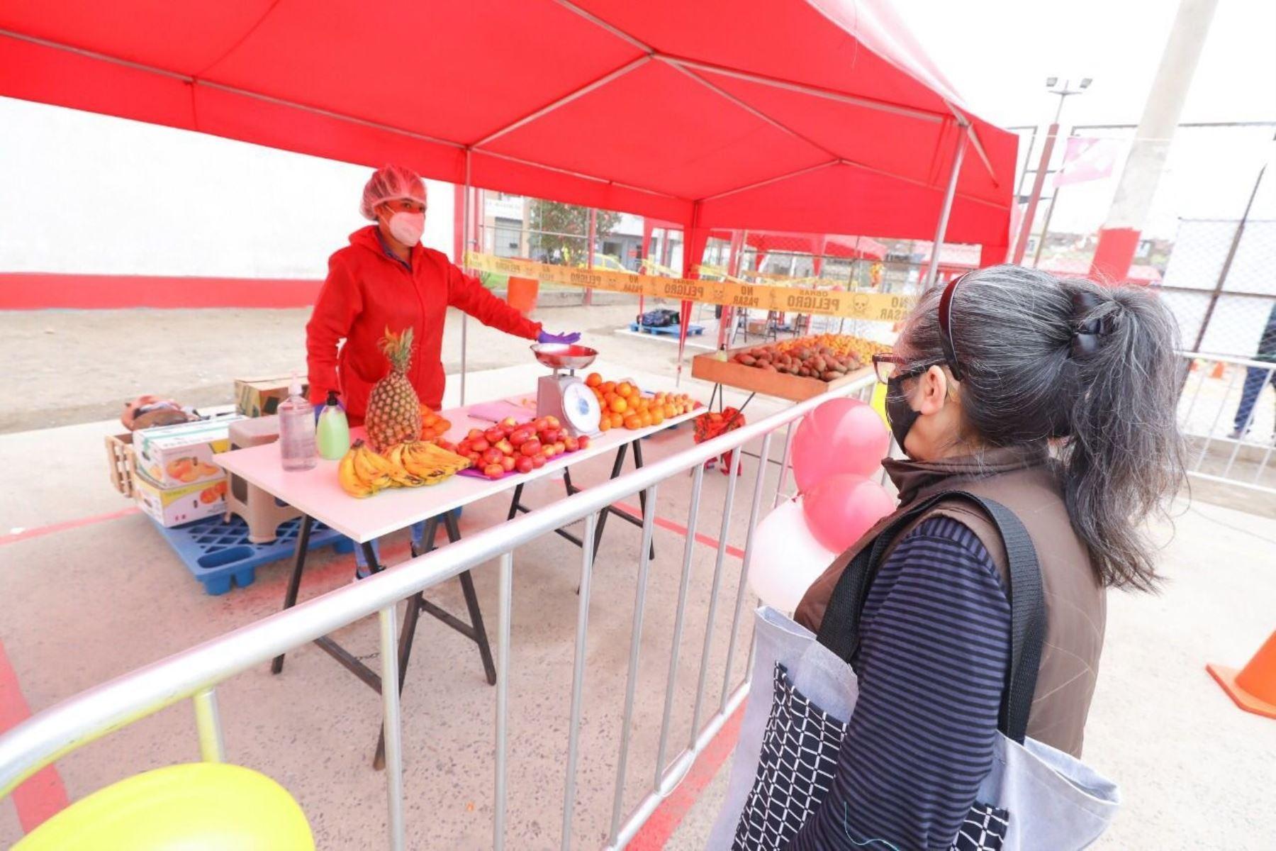 Consumidores podrán abastecerse de alimentos de primera necesidad en lugares adaptados para desconcentrar la afluencia en los mercados de abastos.