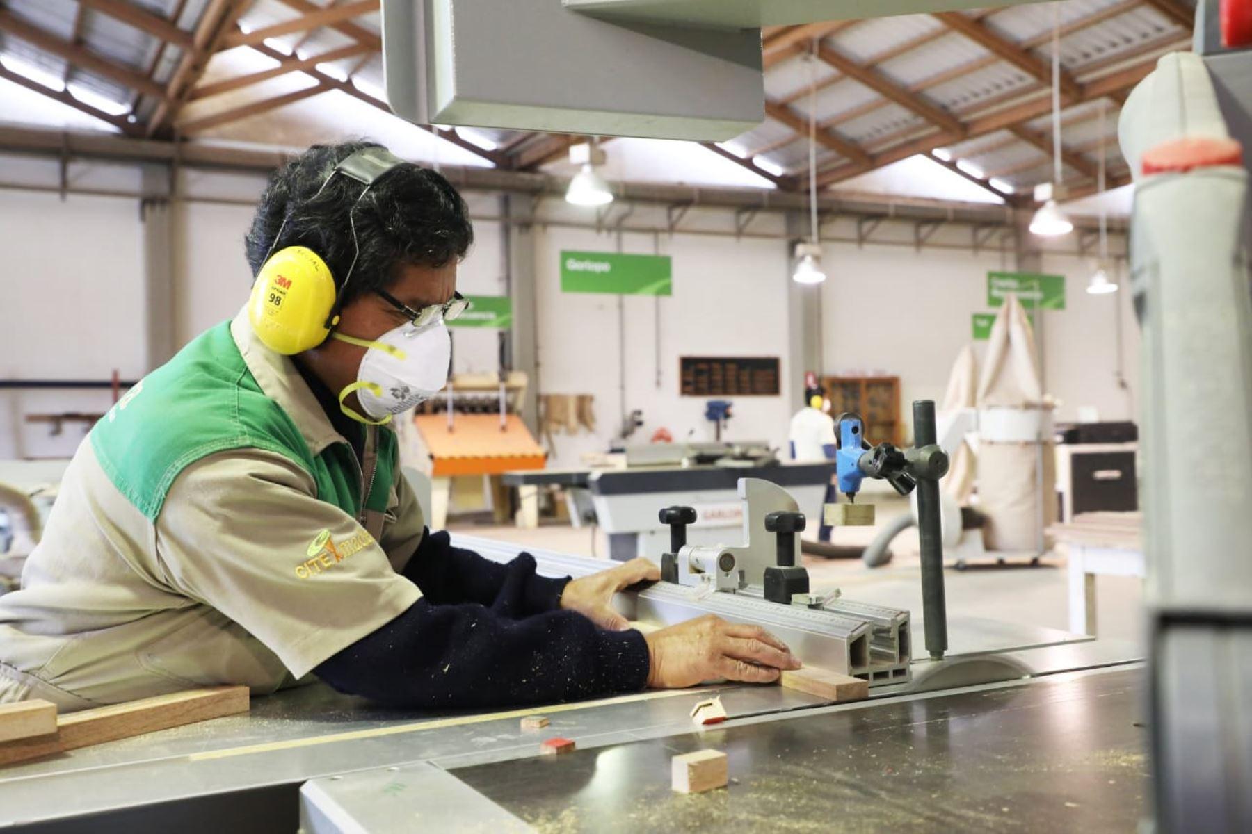 Empleos Perú ofrece Bolsa de Trabajo, capacitación y Certificado Laboral gratuito