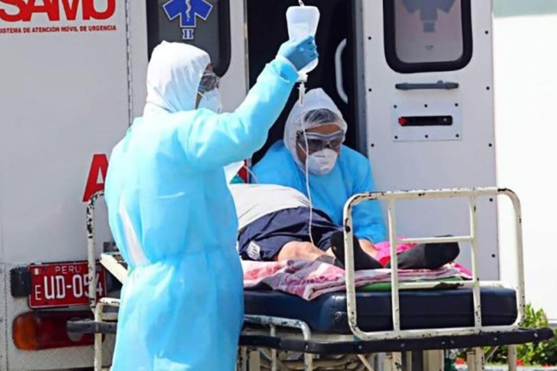 En la cresta de la segunda ola del covid-19, el sistema hospitalario peruano continúa bajo presión intensa. ANDINA/Difusión