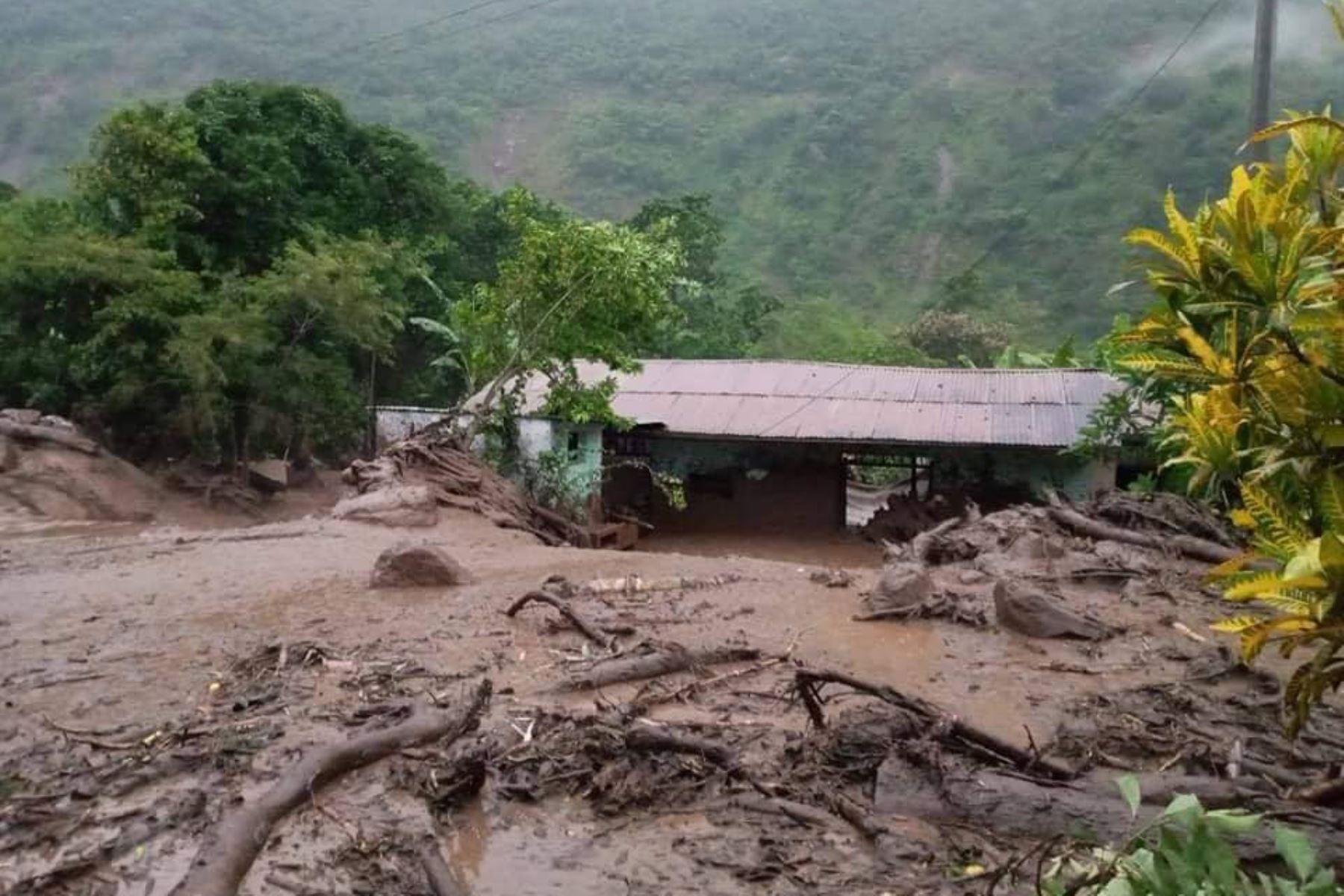 El Instituto Nacional de Defensa Civil (Indeci) informó que intensas lluvias provocaron deslizamientos, activación de quebrada, desborde de río y huaico en los distritos Ichocán, Chirinos, San Pablo, Cochabamba, Sitacocha y Chilete. ANDINA/Difusión