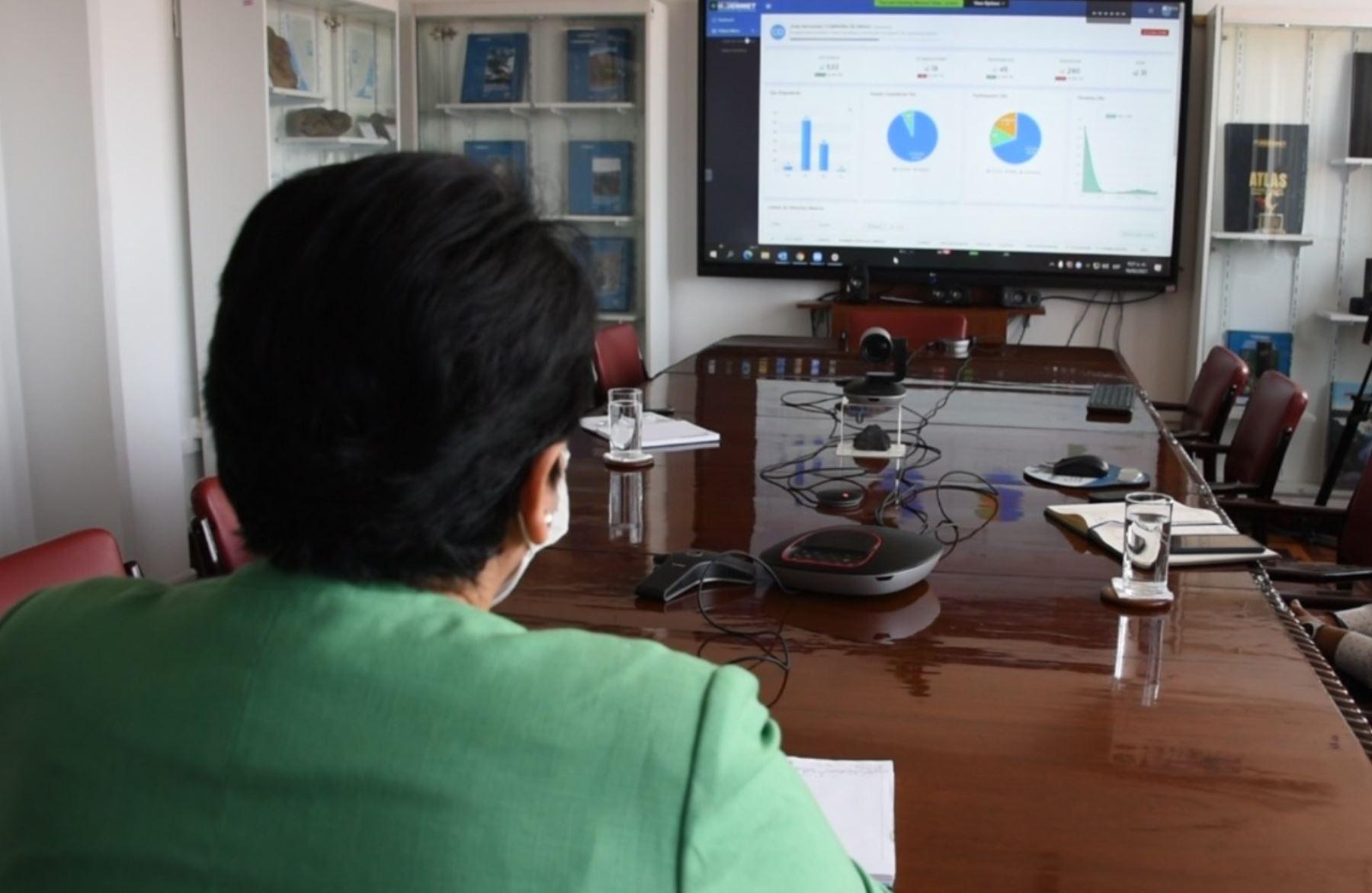 ingemmet-inicio-fase-de-evaluacion-del-petitorio-minero-online-con-usuarios-externos