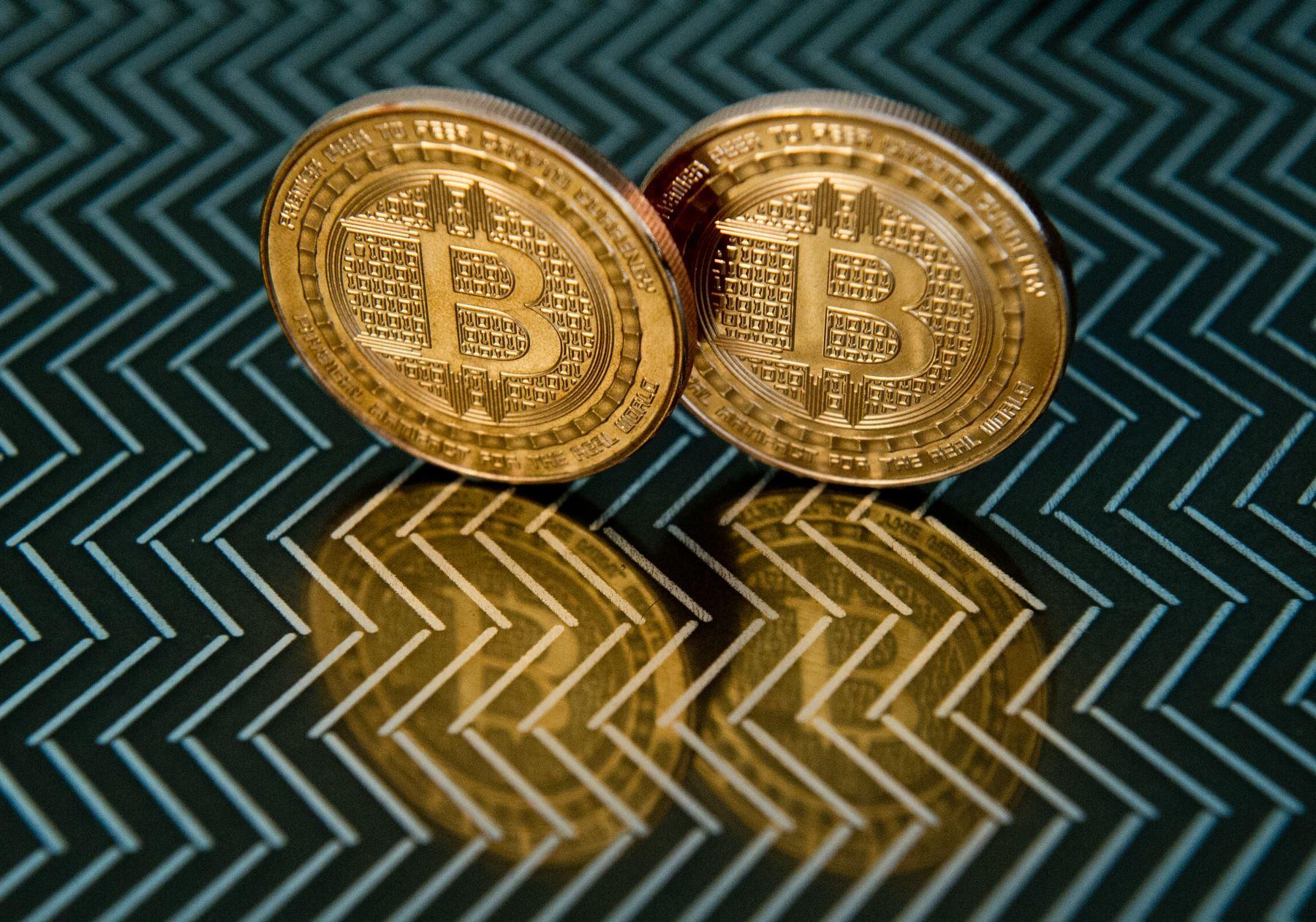 el-mercado-del-bitcoin-supera-el-billon-de-dolares-con-cifras-historicas