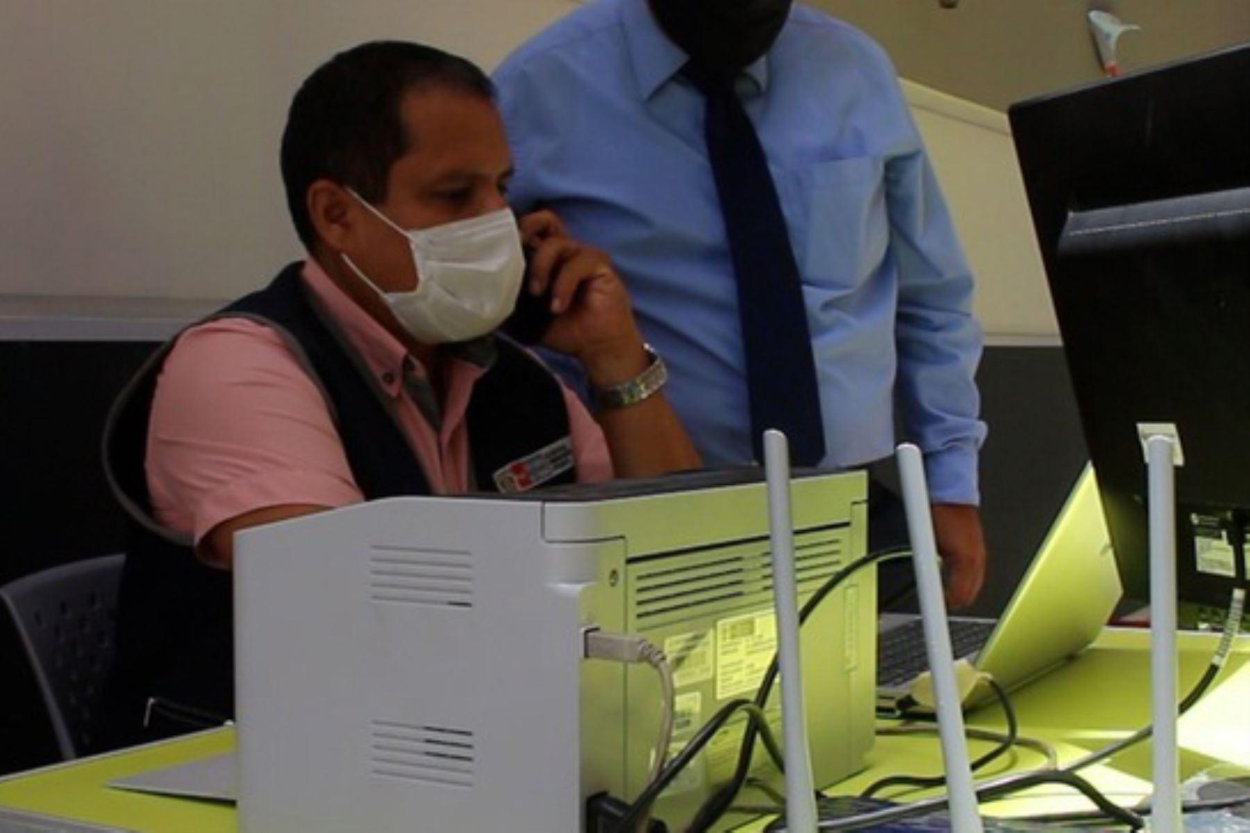covid-19-hospital-emergencia-ate-implementa-herramienta-tecnologica-para-vacunacion