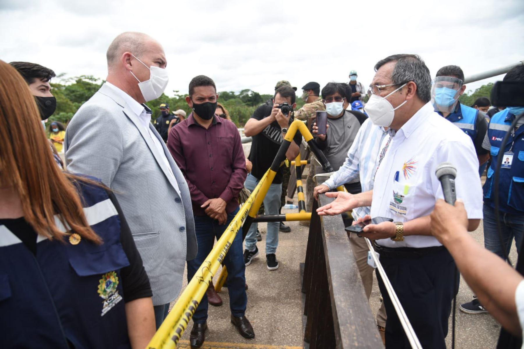 autoridades-de-peru-y-brasil-buscan-solucion-para-migrantes-haitianos-en-la-frontera