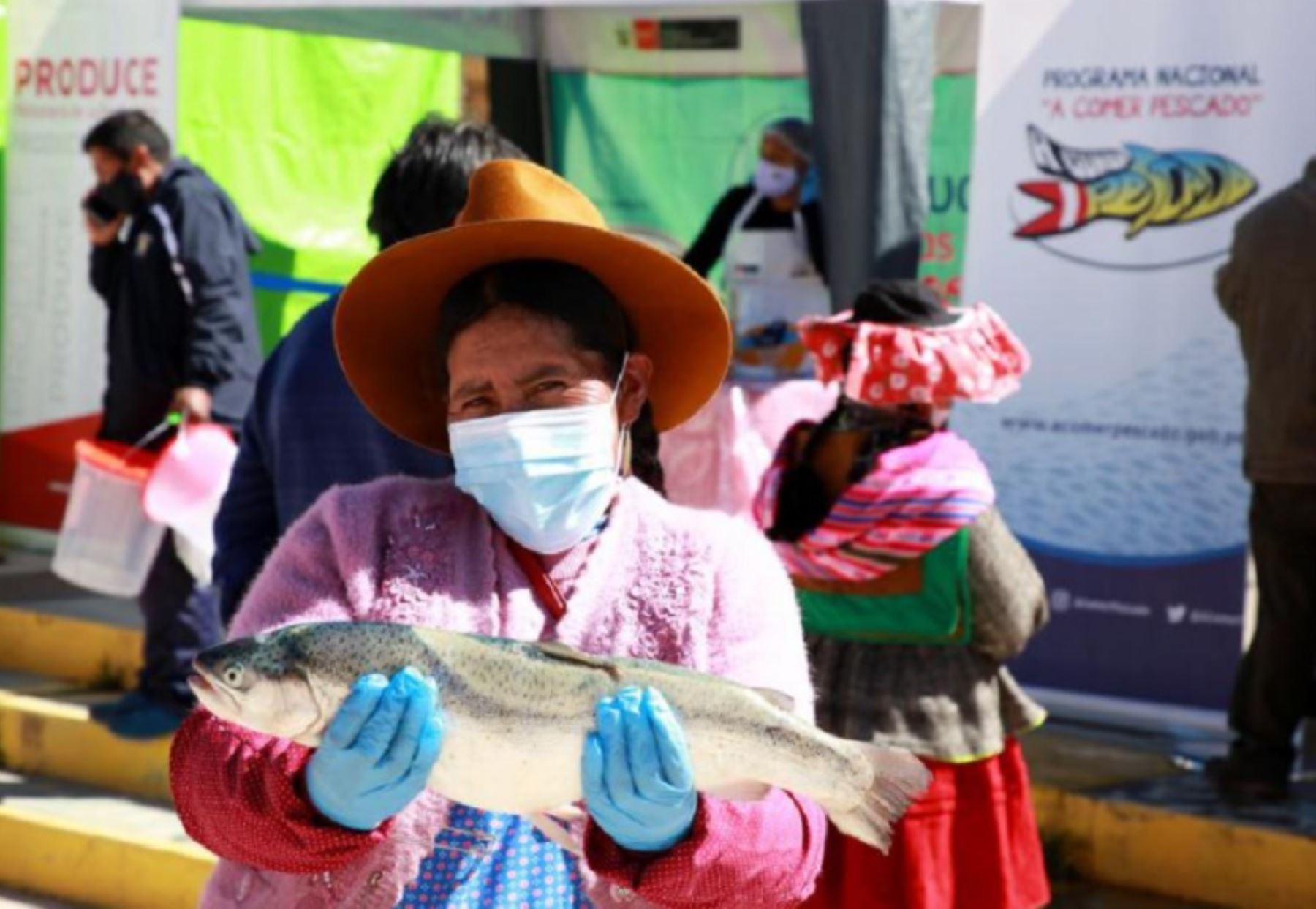 puno-produce-capacita-a-comedores-populares-para-incrementar-el-consumo-de-pescado