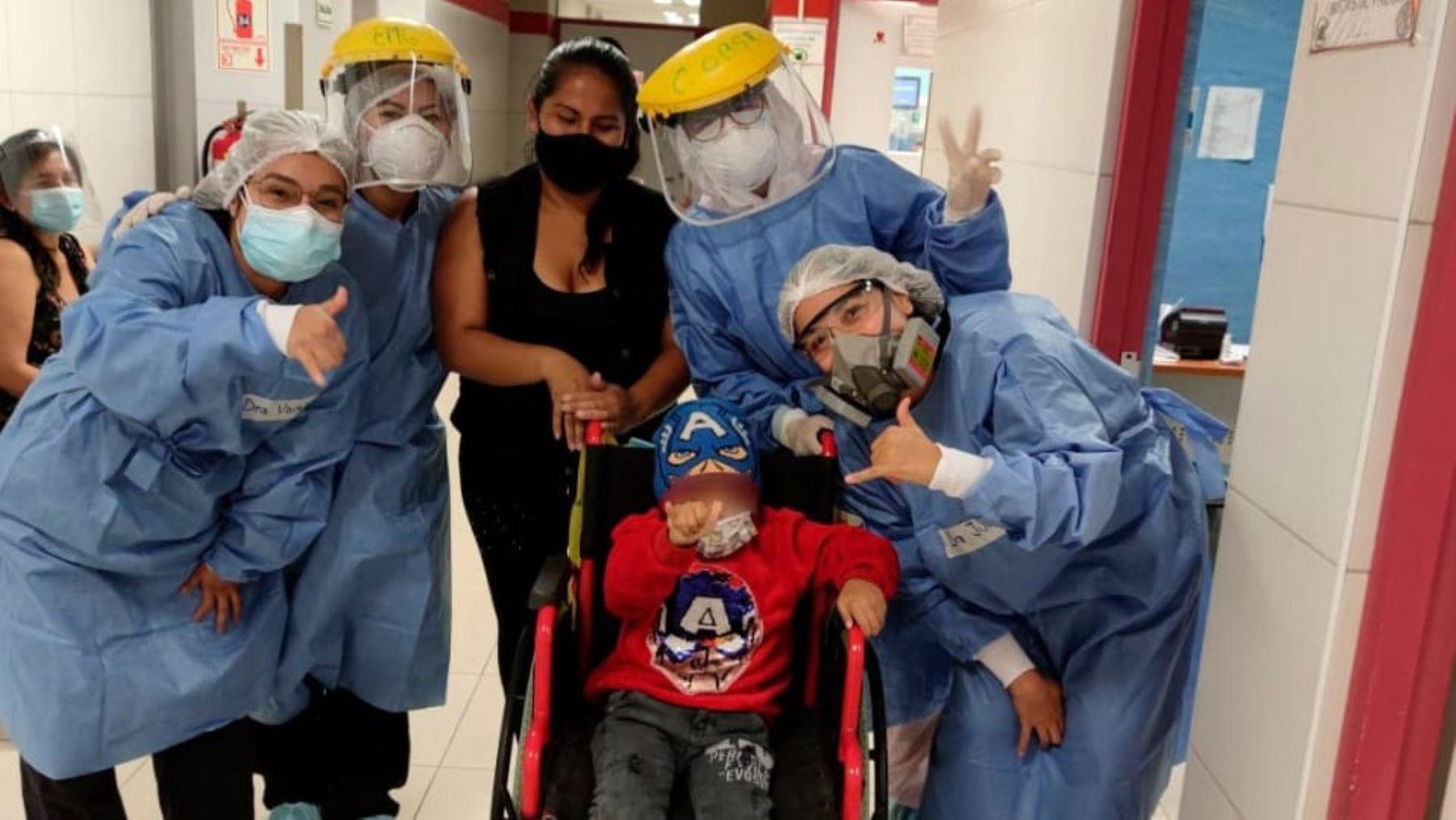 cirujanos-salvan-la-vida-de-nino-tras-compleja-operacion-neurologica
