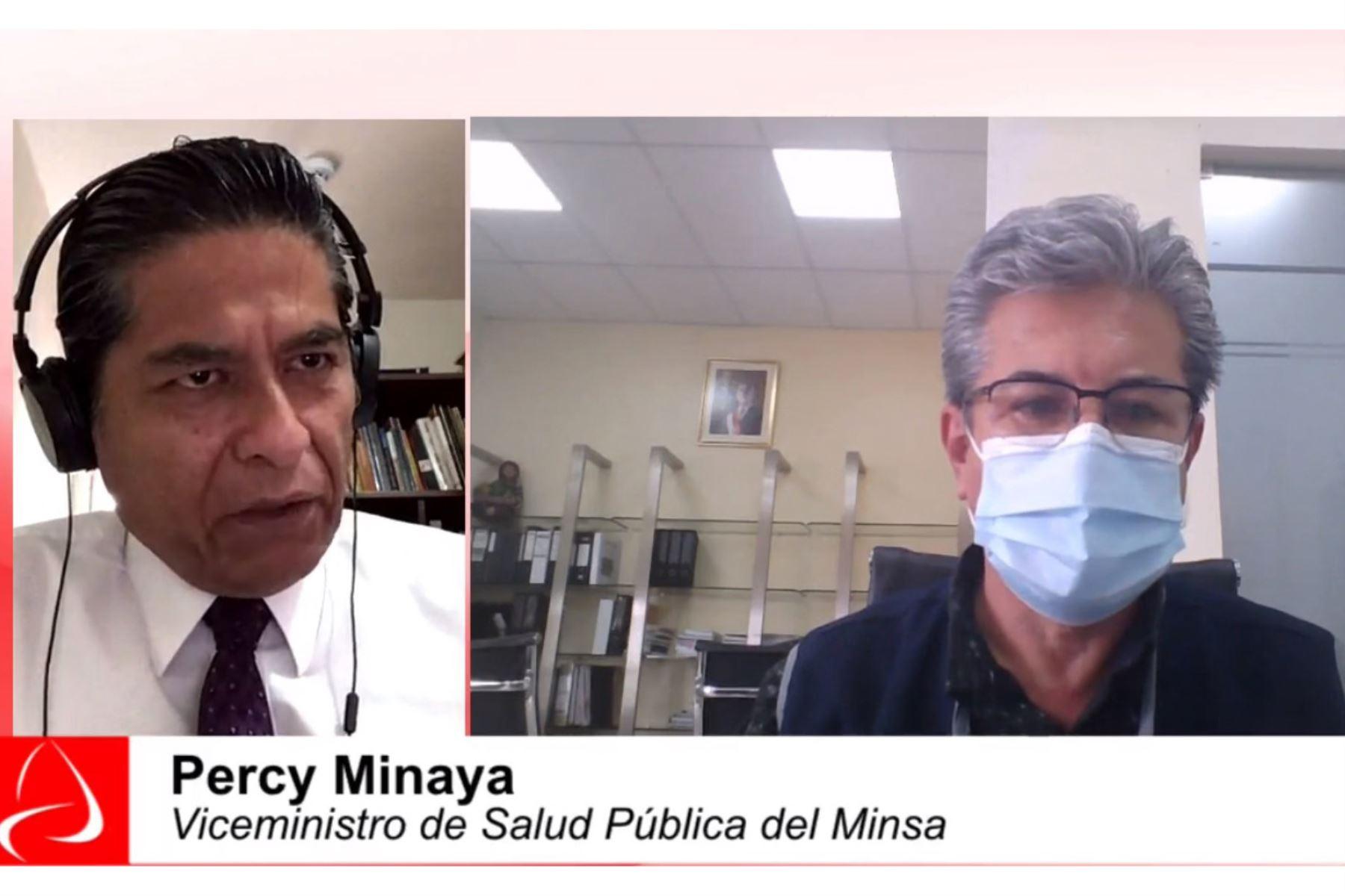 El viceministro de Salud Pública, Percy Minaya León, informó que ya está prevista la compra de concentradores de oxígeno y plantas medianas de producción del insumo. Foto: Captura TV
