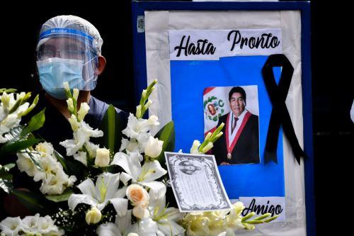 Rinden homenaje póstumo y despiden al congresista Hipólito Chaiña Contreras
