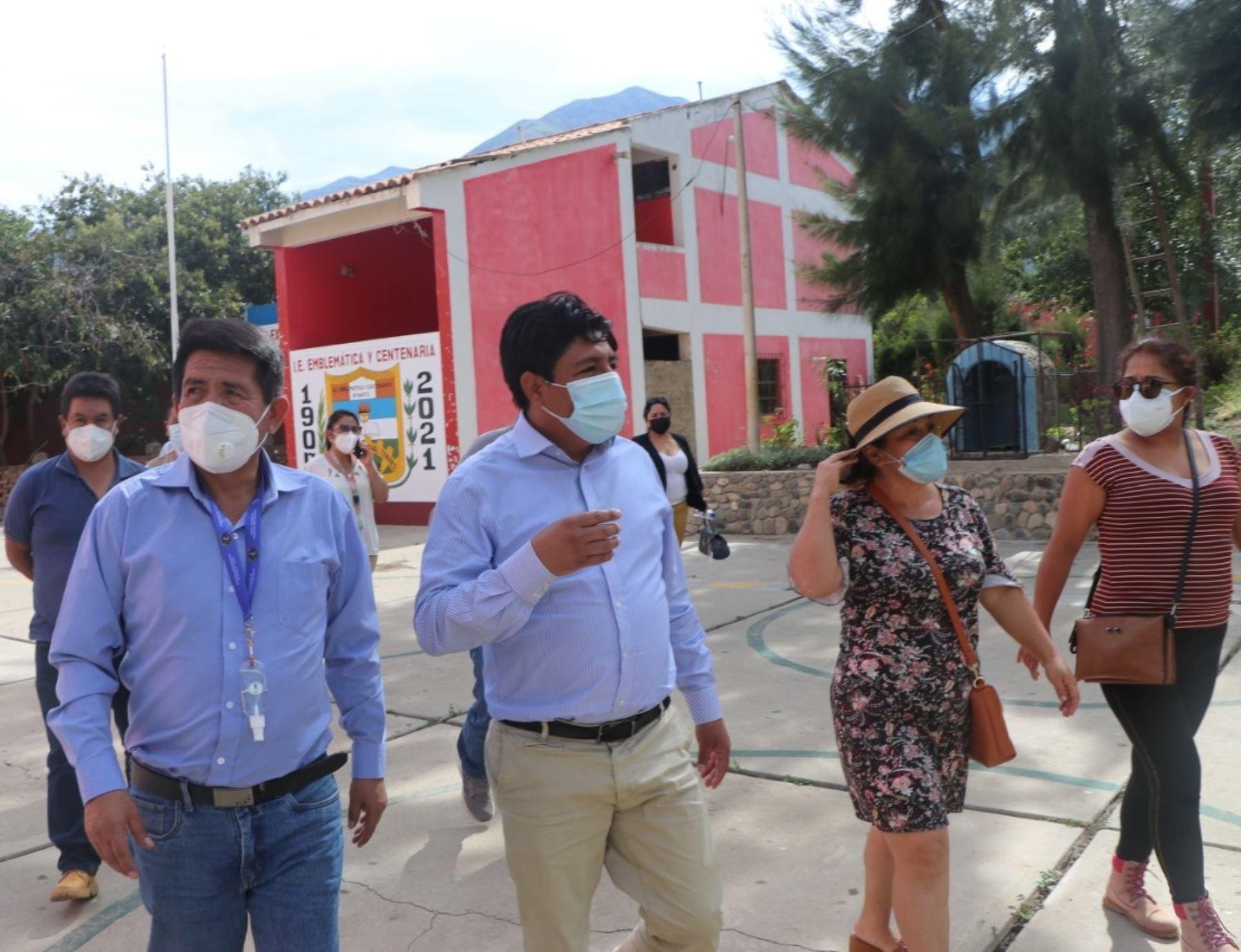 ancash-inician-construccion-de-tres-colegios-en-la-provincia-de-huaylas