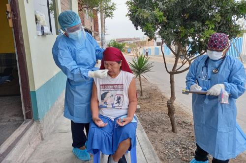 """Coronavirus: DIRIS Lima Sur realizó intervención """"Tayta"""" en Villa El Salvador"""