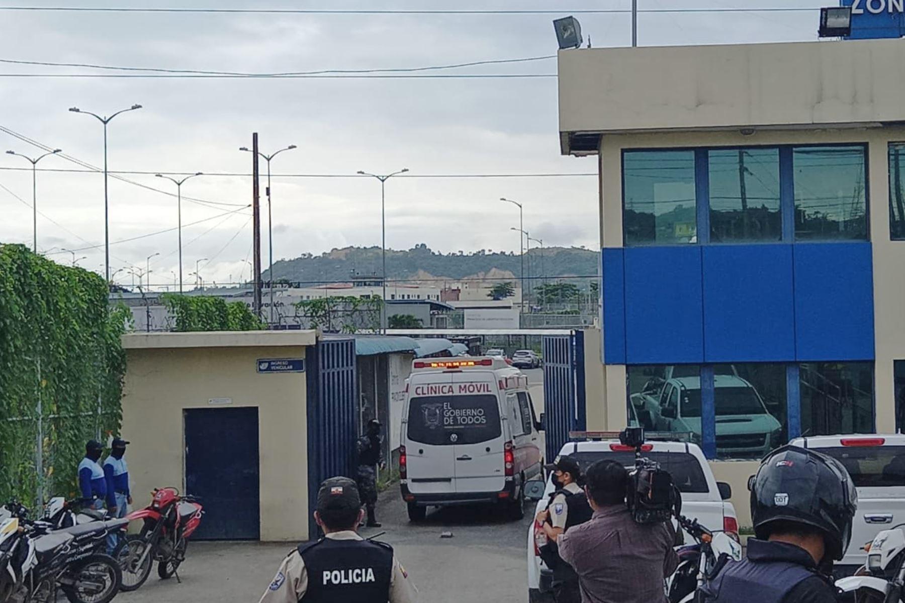 al-menos-50-presos-muertos-deja-amotinamientos-en-tres-carceles-de-ecuador