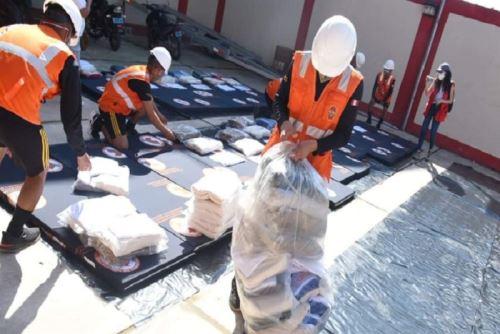 El InstituLa Municipalidad Provincial de Leoncio Prado entregó bienes de ayuda humanitaria, compuesta por techo y abrigo, a las familias damnificadas por los vientos fuertes en el distrito Rupa Rupa, perteneciente a la región Huánuco.ANDINA/Difusión