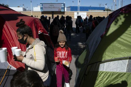 """Según este mismo comunicado, el primer grupo del campamento, conformado por 25 personas, estaría cruzando la frontera """"esta semana"""". Foto: AFP"""