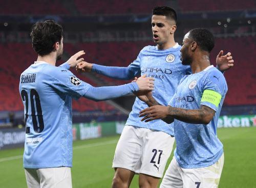 Manchester City vence 2 a 0 al Borussia Monchengladbach por la Champions League