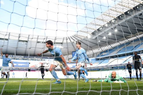Manchester City gana 2 a 1 al West  Ham  por la Premier League