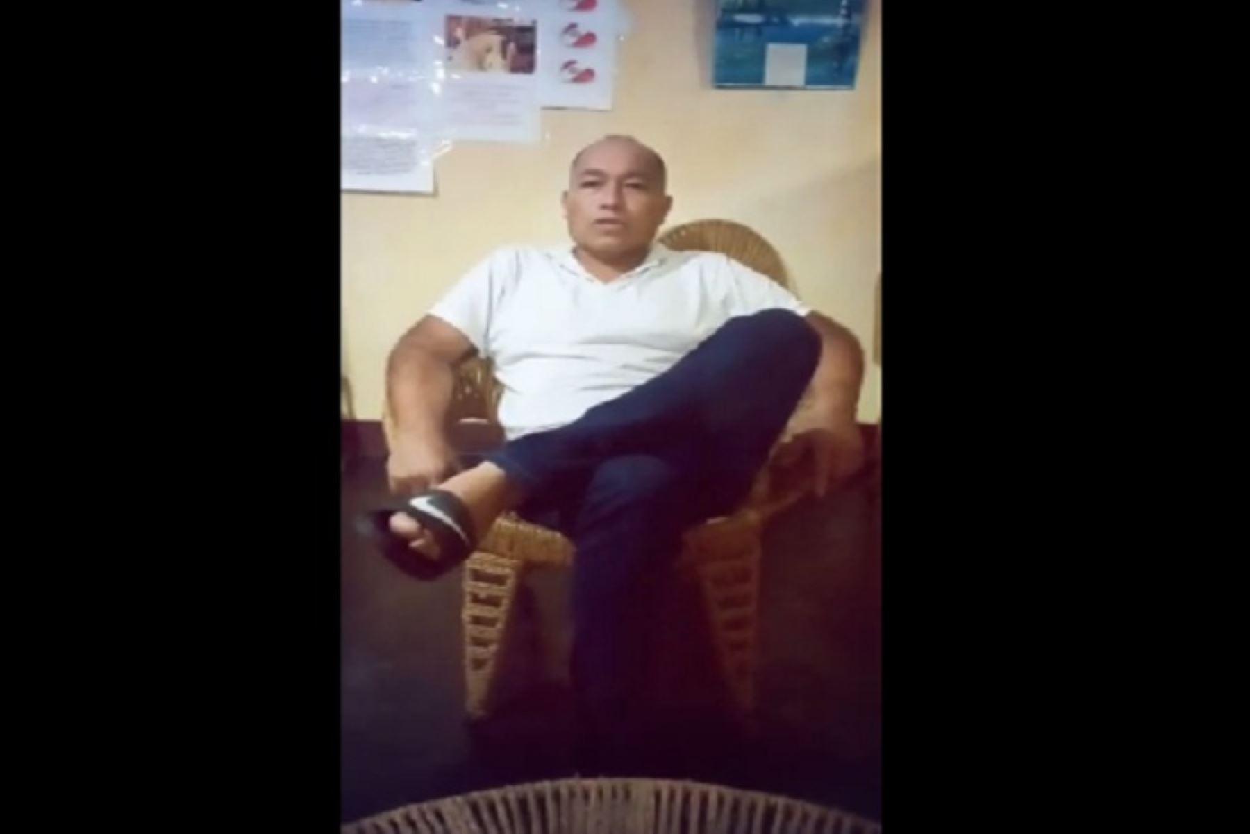 Justo Rosell Gutiérrez es el nombre del hombre protagonista de esta historia de triunfo. Él envió un vídeo agradeciendo al personal de salud por haber batallado a su lado para superar esta terrible enfermedad.