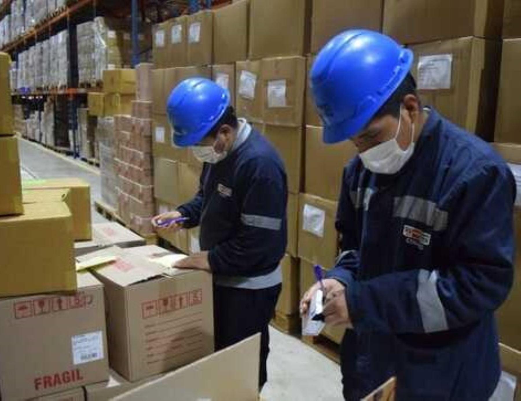 Ministerio de Salud (Minsa) traslado a Loreto y Junín más de 124 toneladas de suministros médicos para la lucha contra la pandemia de coronavirus (covid-19). ANDINA/Difusión