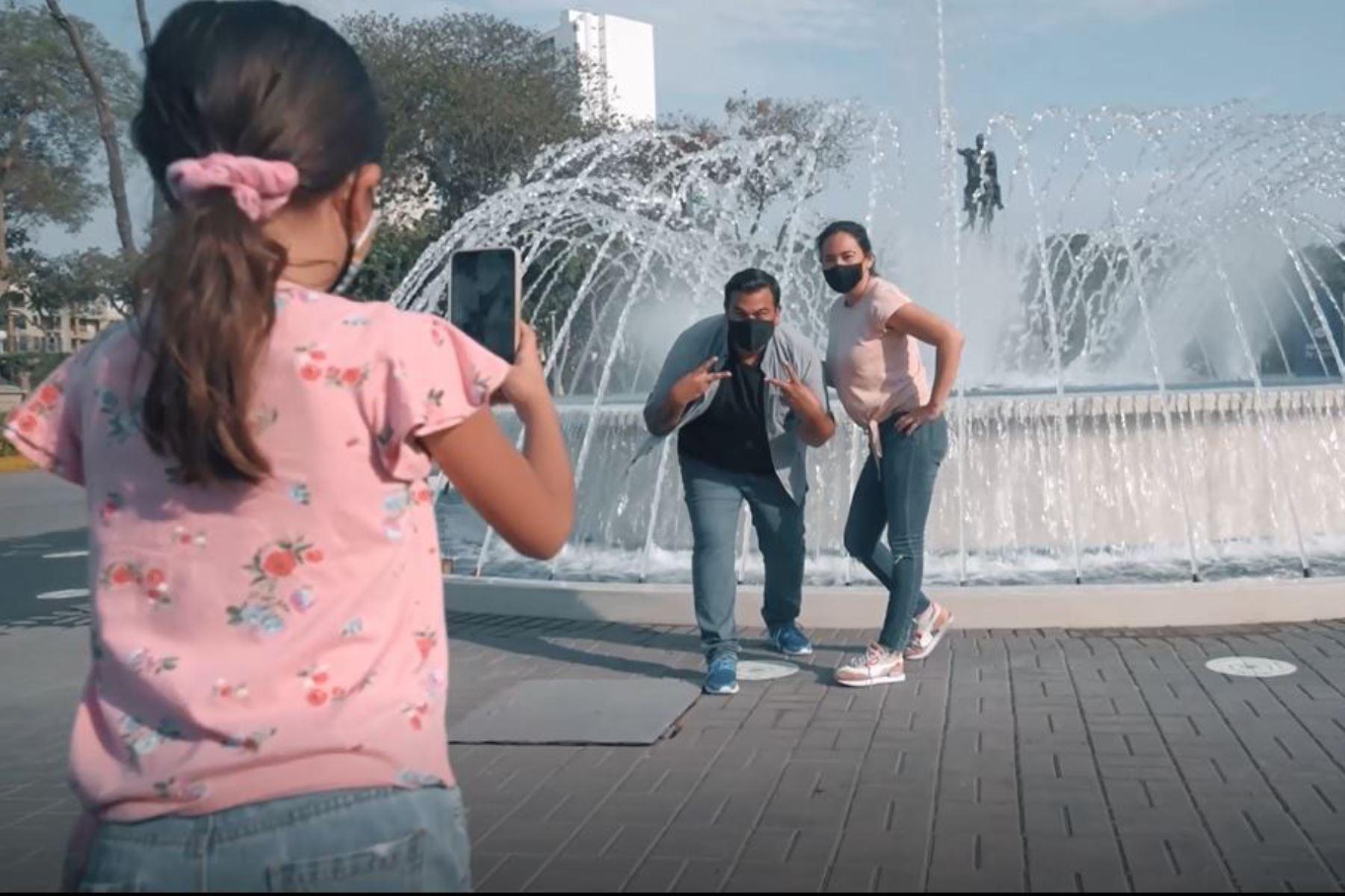 Luego de levantarse la cuarentena dispuesta por el gobierno para frenar el avance del coronavirus, las familias podrán visitar nuevamente el Circuito Mágico del Agua y los clubes zonales de Lima Metropolitana, que reabren sus puertas desde hoy. Foto: ANDINA/Municipalidad de Lima