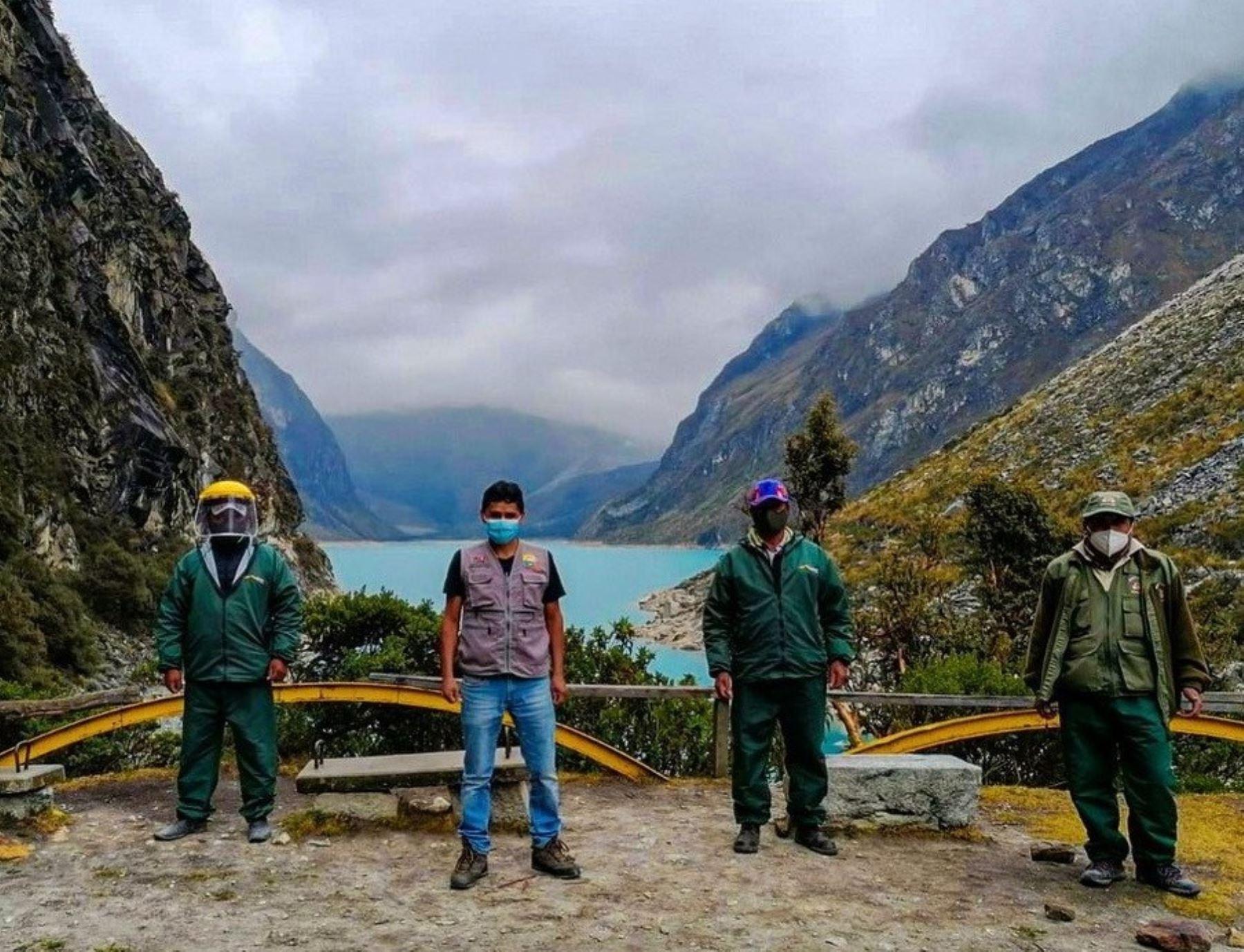 el Parque Nacional Huascarán reabre algunas zonas al turismo.