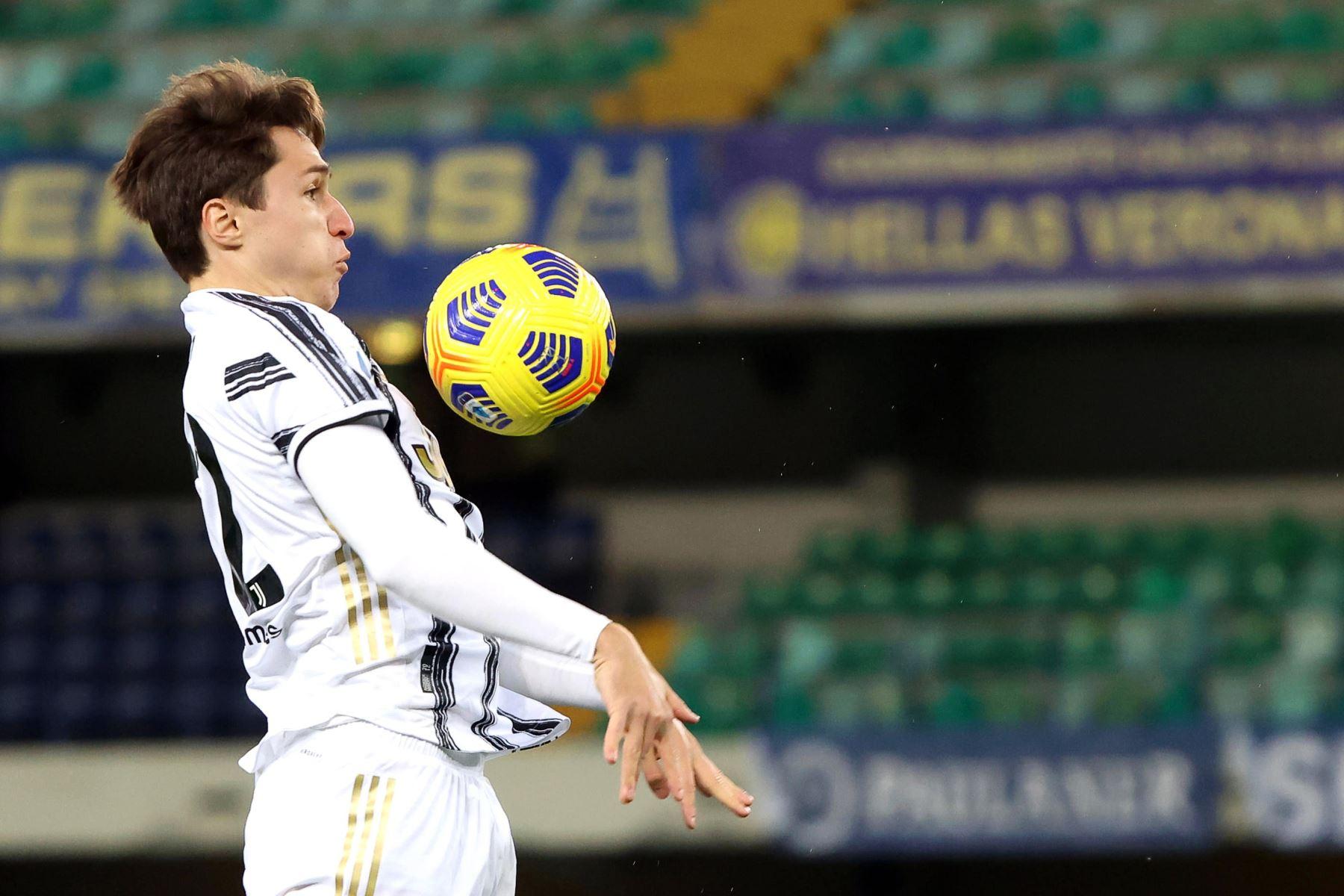 Federico Chiesa de la Juventus en acción durante el partido de fútbol de la Serie A. Foto: EFE
