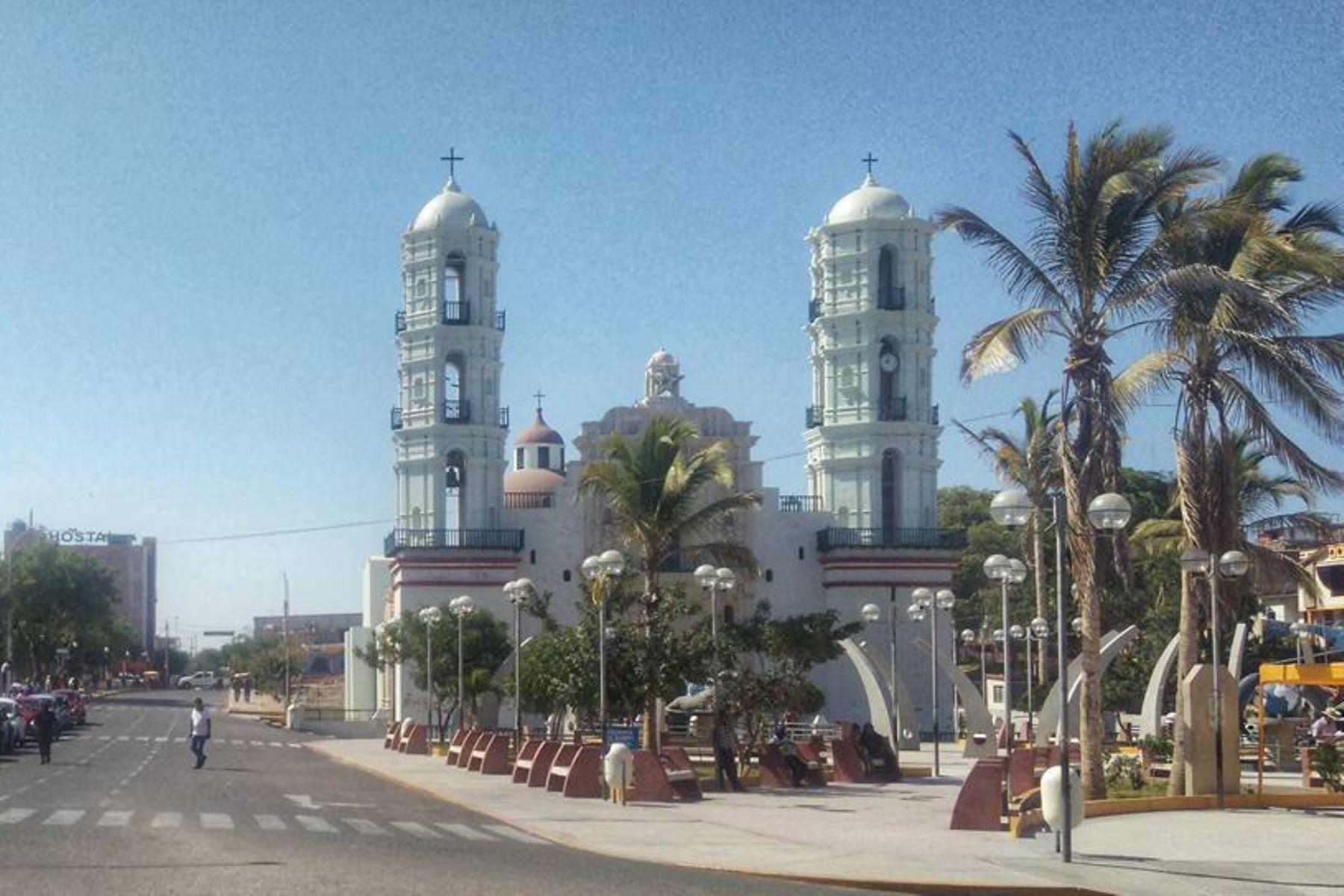 Plaza de Armas de la ciudad de Sechura, región Piura. Foto: ANDINA/Difusión