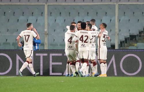 Roma vence 2-1 a la Fiorentina por la Serie A