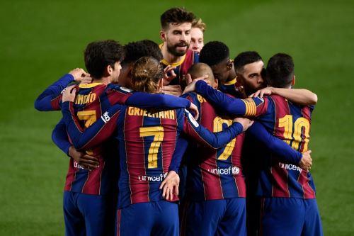Barcelona remontó la eliminatoria ante el Sevilla en la prórroga y se clasificó para la final de la Copa del Rey.
