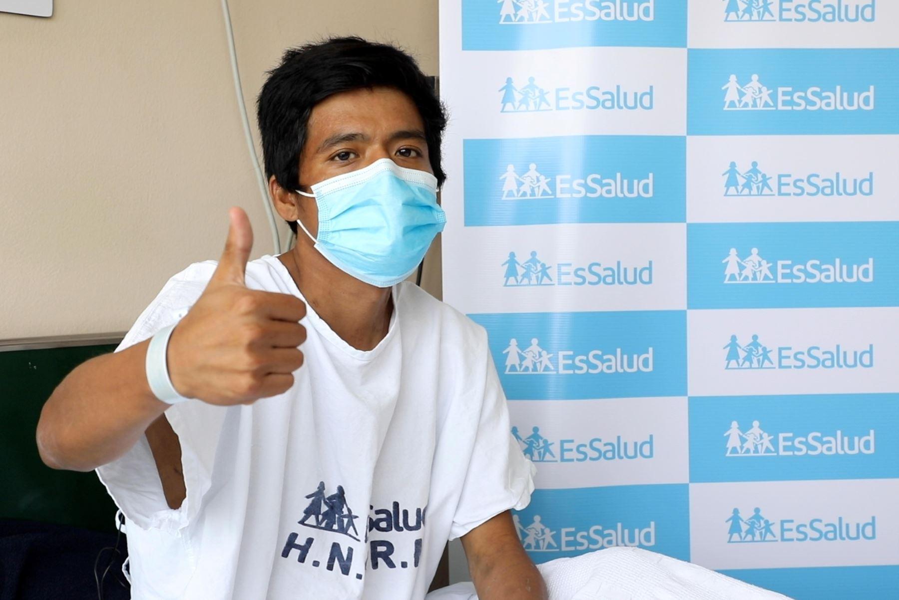 Antony Tapia Carhuamaca, un joven de 28 años que padecía de una enfermedad renal terminal y requería de un trasplante para salvar su vida. Foto: ANDINA/Difusión.