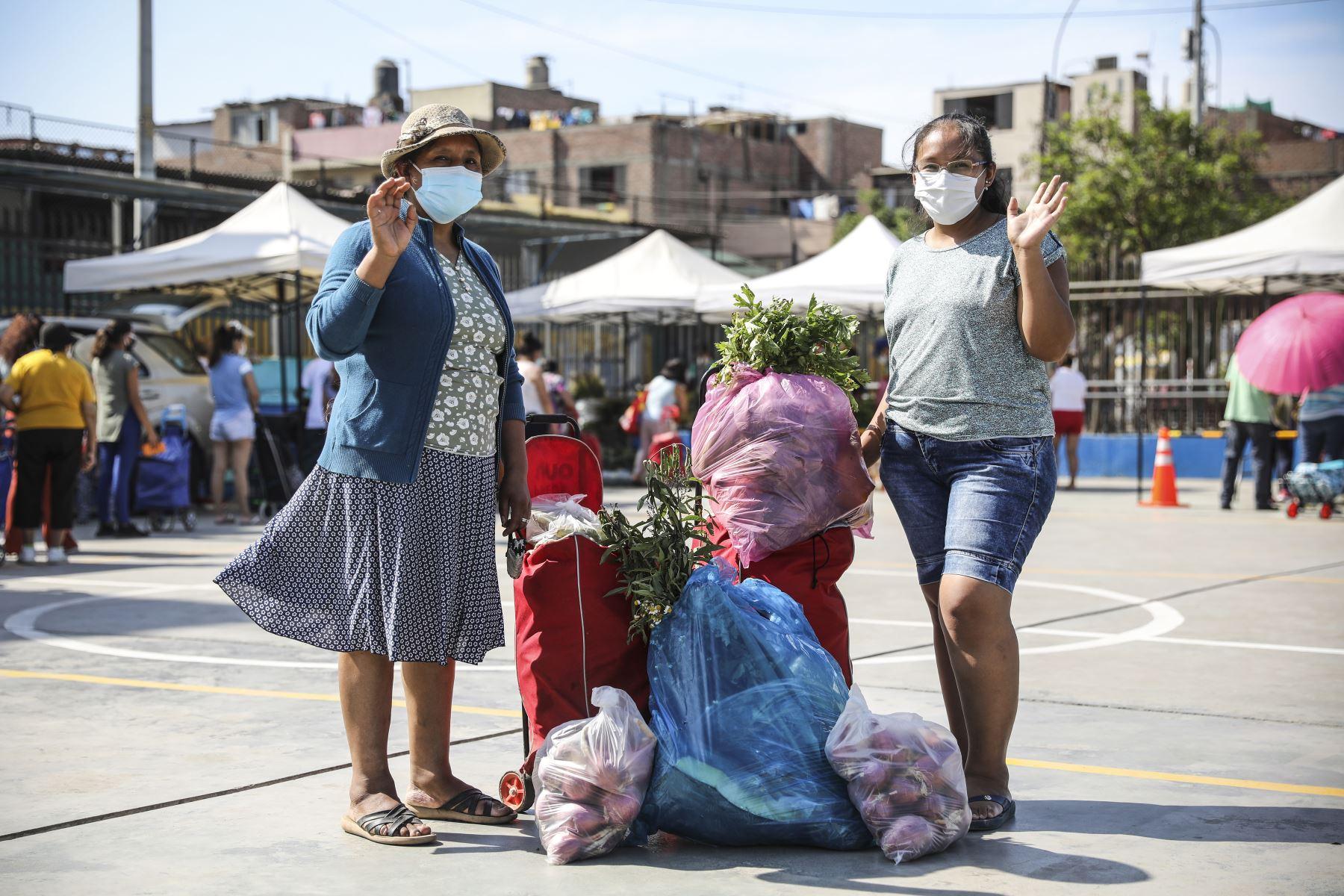 Mercado Mayorista Móvil de la MML llegó al Cercado y ofreció una gran variedad de alimentos. Foto: ANDINA/Municipalidad de Lima