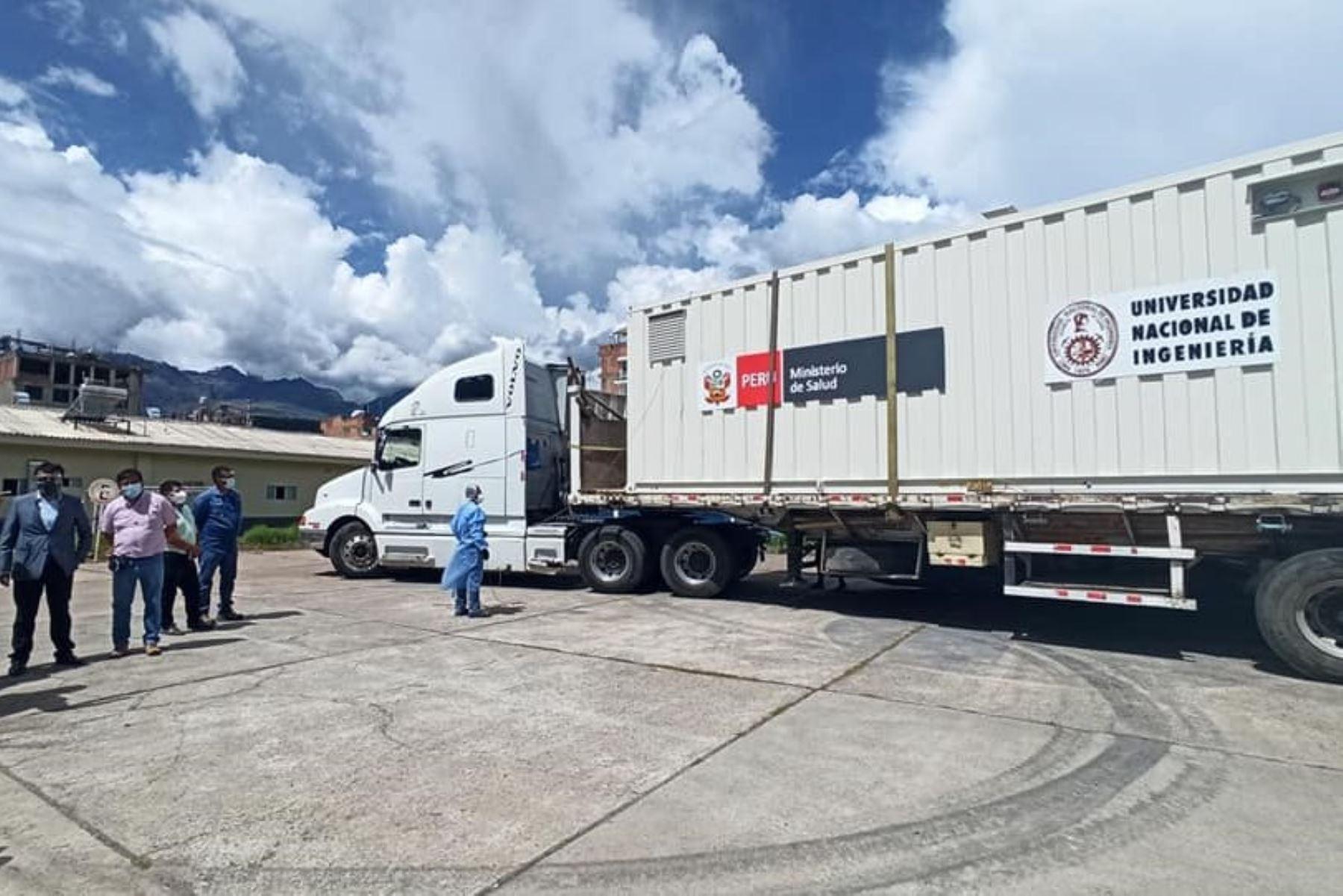 Planta móvil de oxígeno medicinal diseñada y ensamblada por la UNI inicia operaciones el martes 9 de marzo en Huaraz. Foto: ANDINA/Difusión