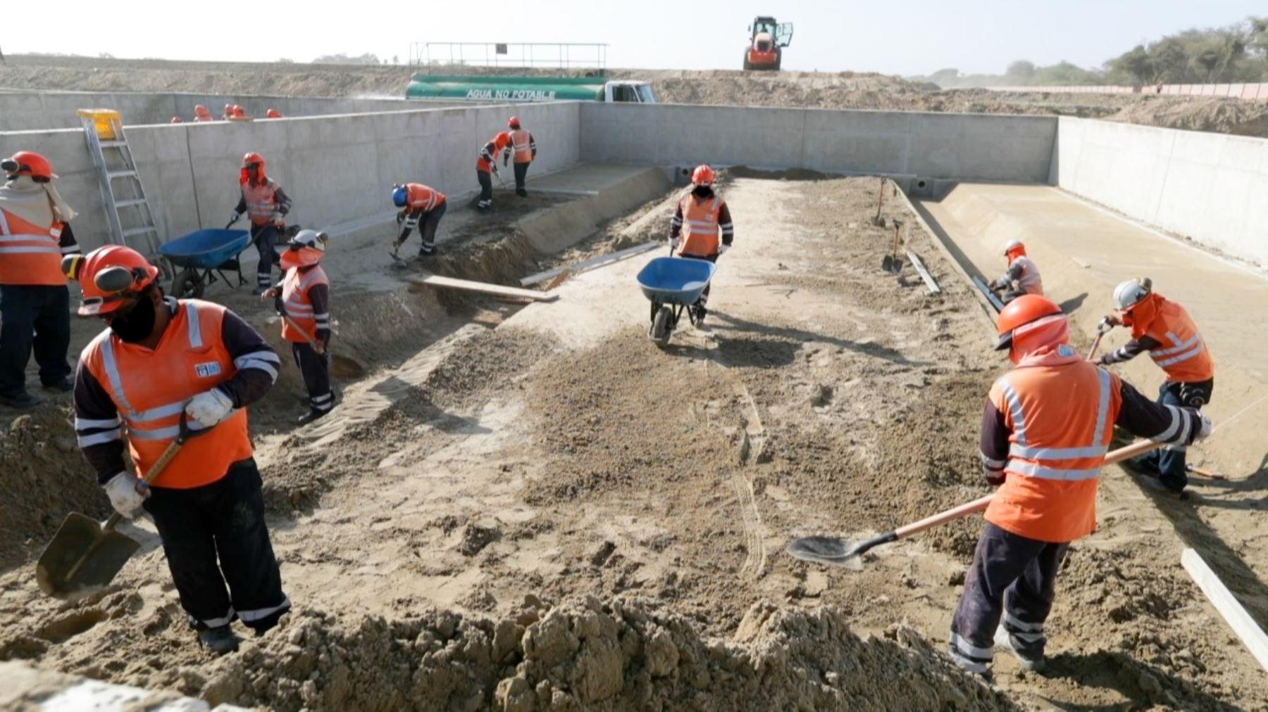 El Ministerio de Vivienda transferirá S/ 38.4 millones de soles a 10 municipalidades del país para ejecutar obras de saneamiento. ANDINA/Difusión