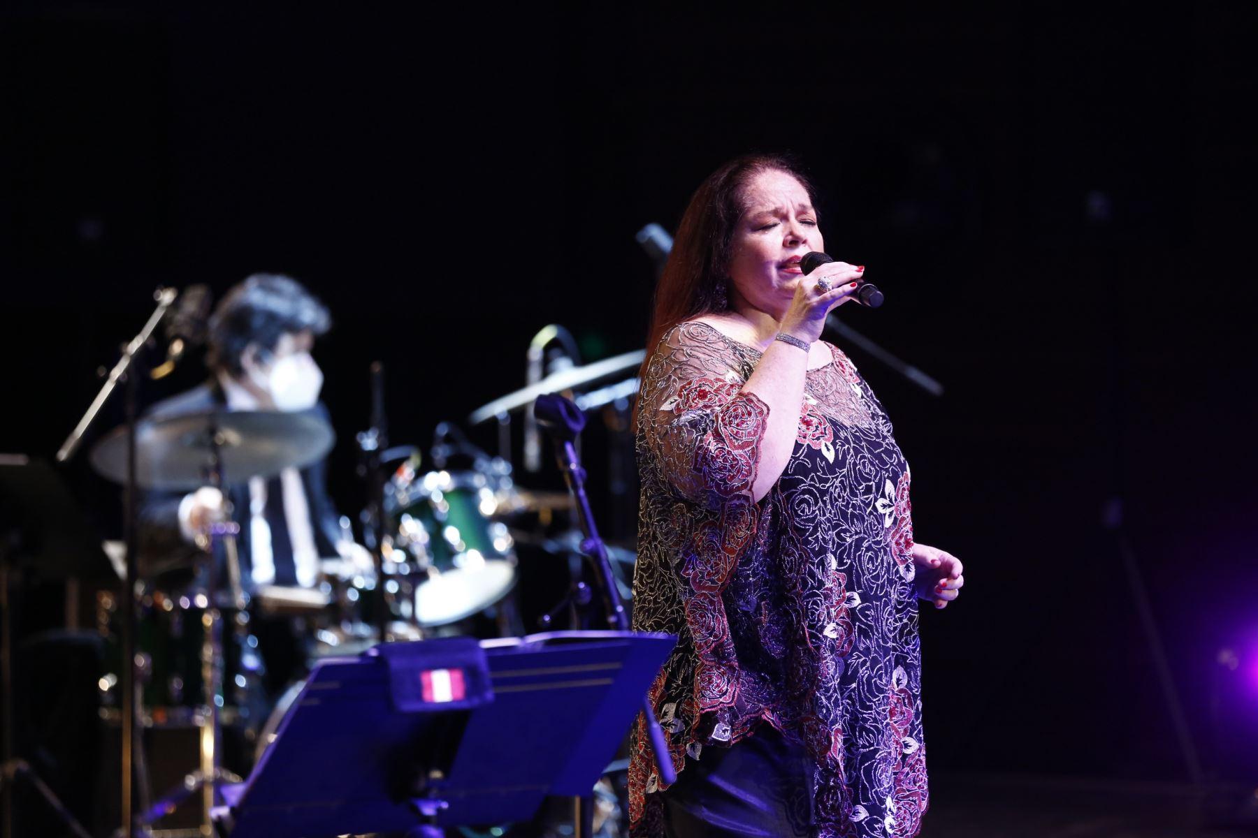 GTN presenta el concierto de Pilar de la Hoz inspirado en clásicos de Hollywood.