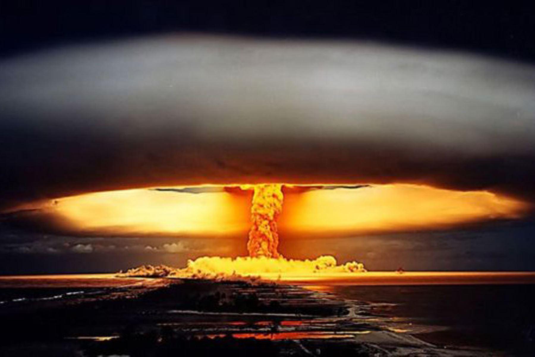 """""""A diferencia del (Reino Unido) y sus aliados, Irán considera que las bombas atómicas y todas (las armas de destrucción masiva) deben ser erradicadas"""". Foto: Internet"""