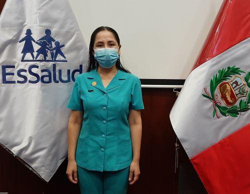 Ruth Monsefú es enfermera intensivista del Hospital Virgen de la Puerta de EsSalud. Ella esla abanderada de la lucha contra la pandemia de coronavirus (covid-19) en Trujillo.