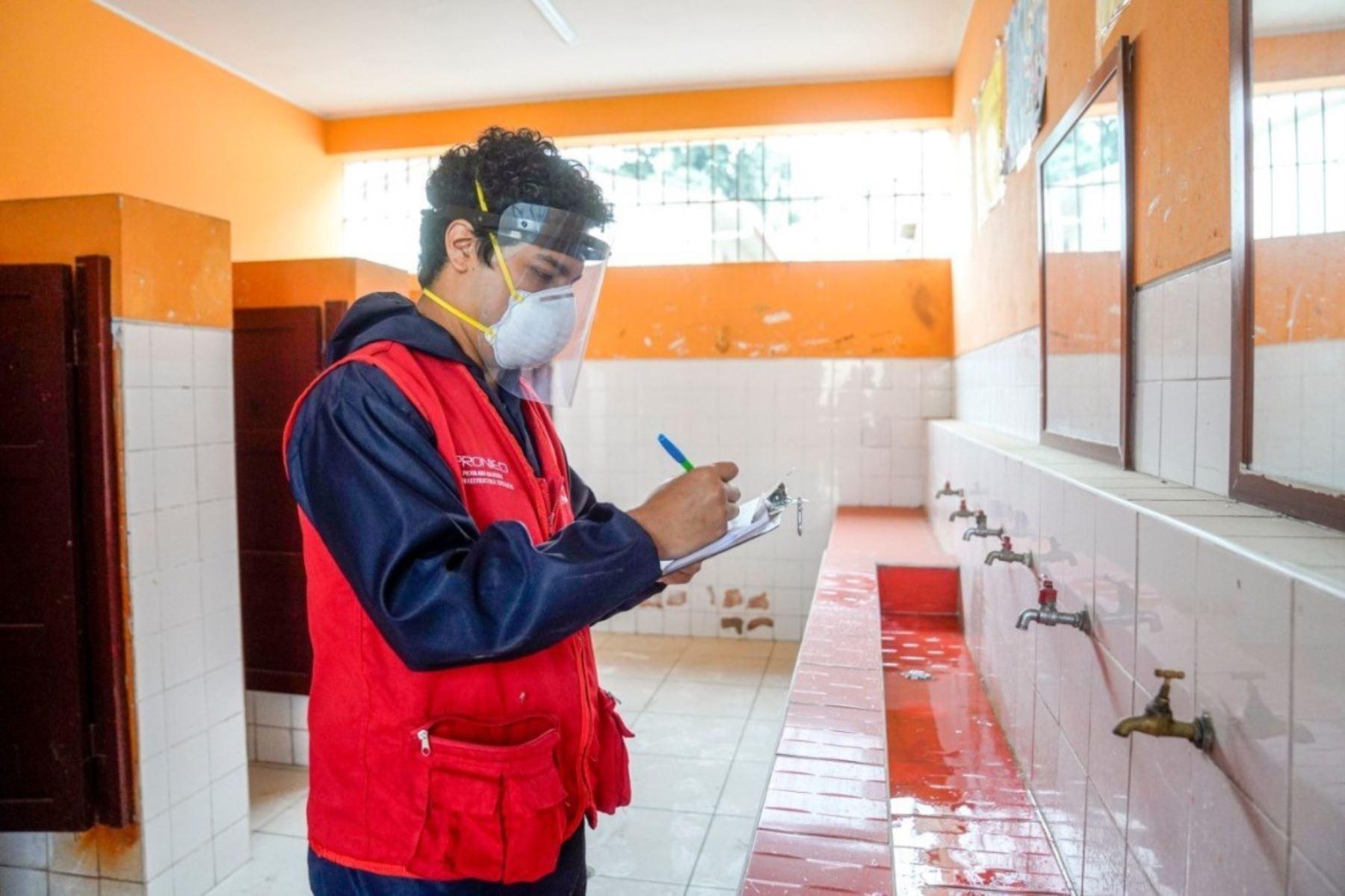 Pronied acondicionará servicios higiénicos en 320 colegios del Perú. Foto: ANDINA/Difusión.