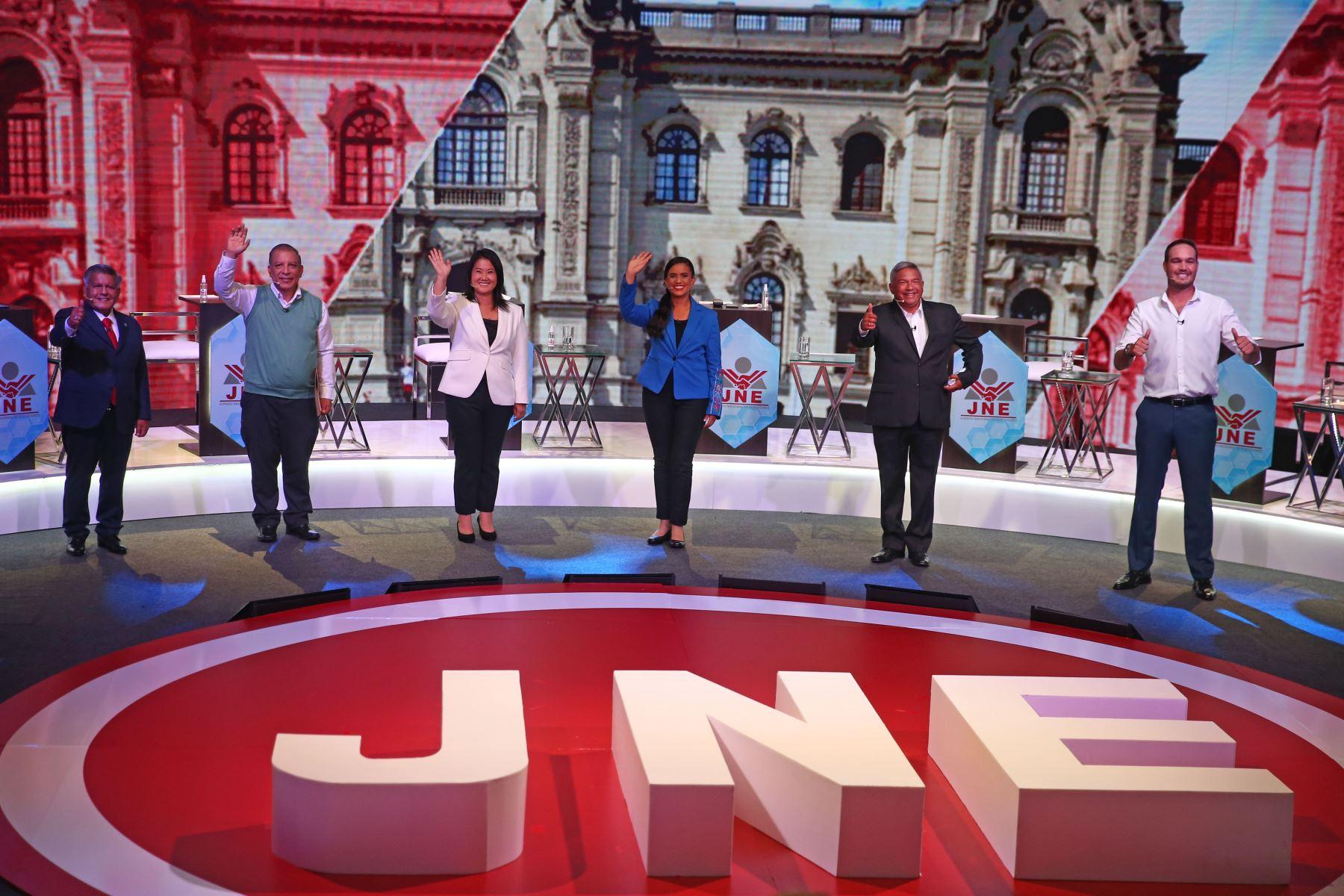 Fotografía oficial del debate de candidatos presidenciales organizado por el Jurado Nacional de Elecciones. Foto: ANDINA/ Vidal Tarqui